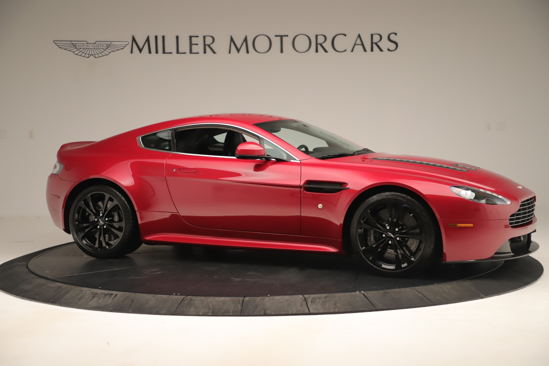 Used 2011 Aston Martin V12 Vantage Coupe For Sale In Westport, CT 3395_p12