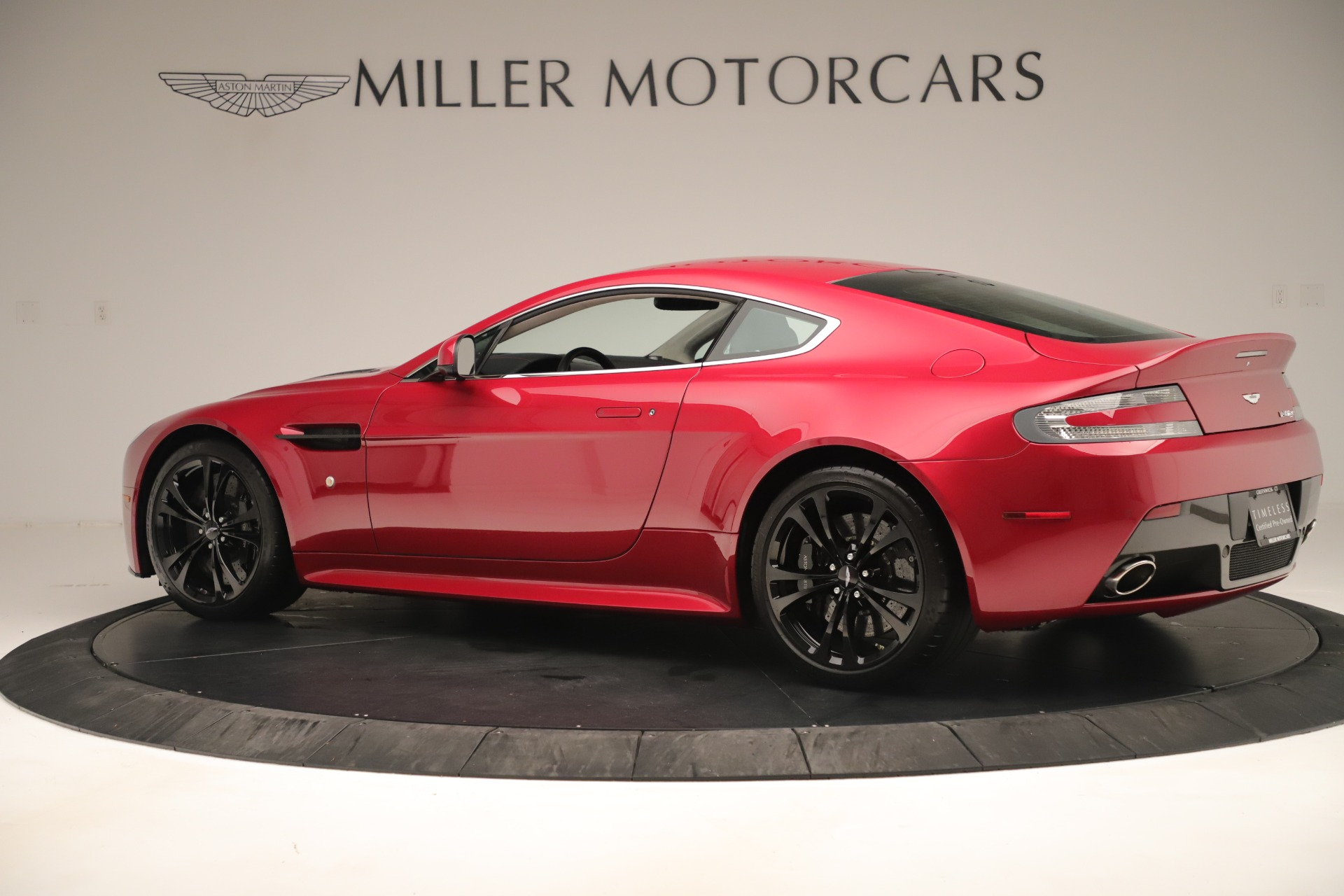Used 2011 Aston Martin V12 Vantage Coupe For Sale In Westport, CT 3395_p5