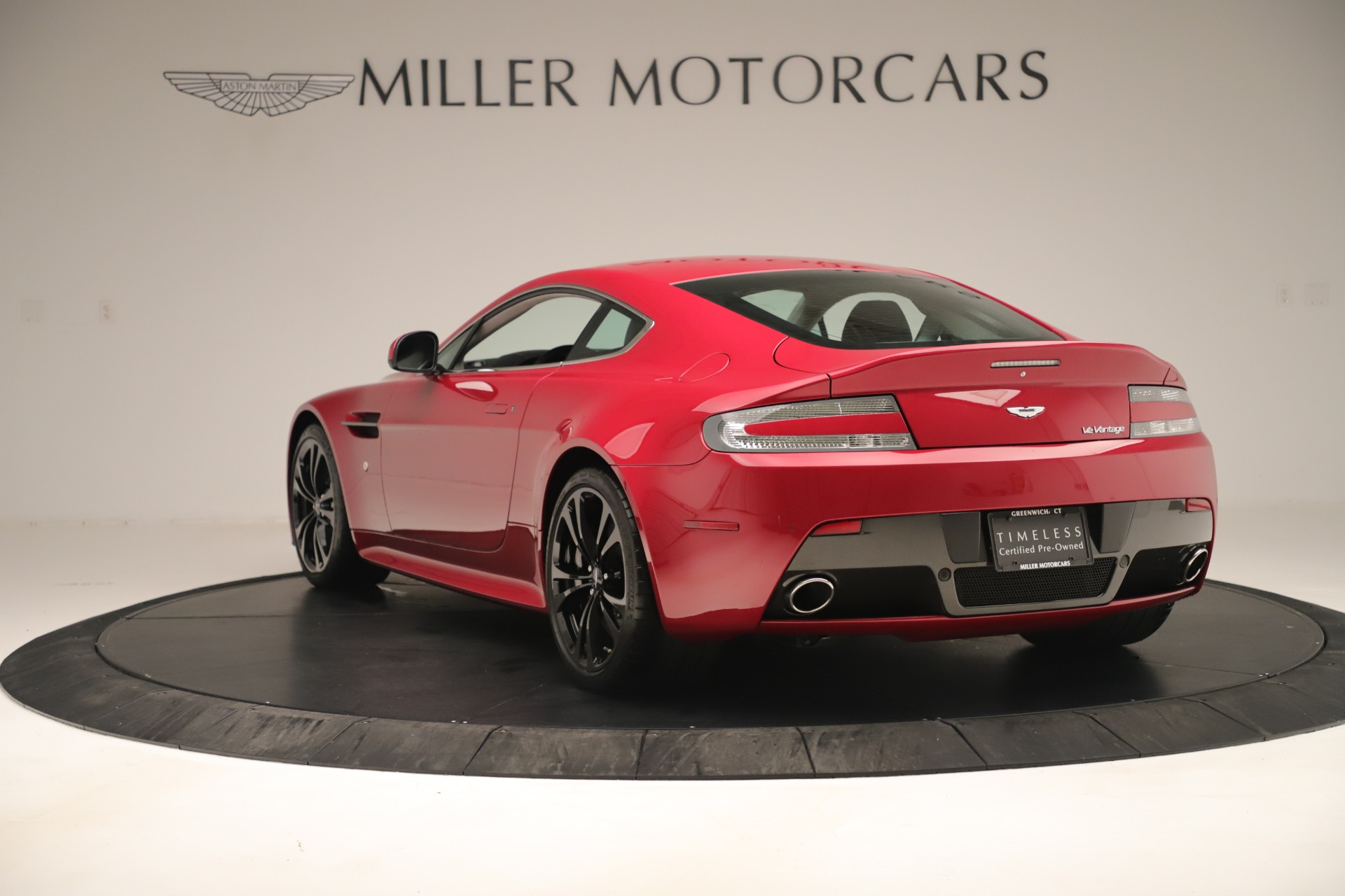 Used 2011 Aston Martin V12 Vantage Coupe For Sale In Westport, CT 3395_p7