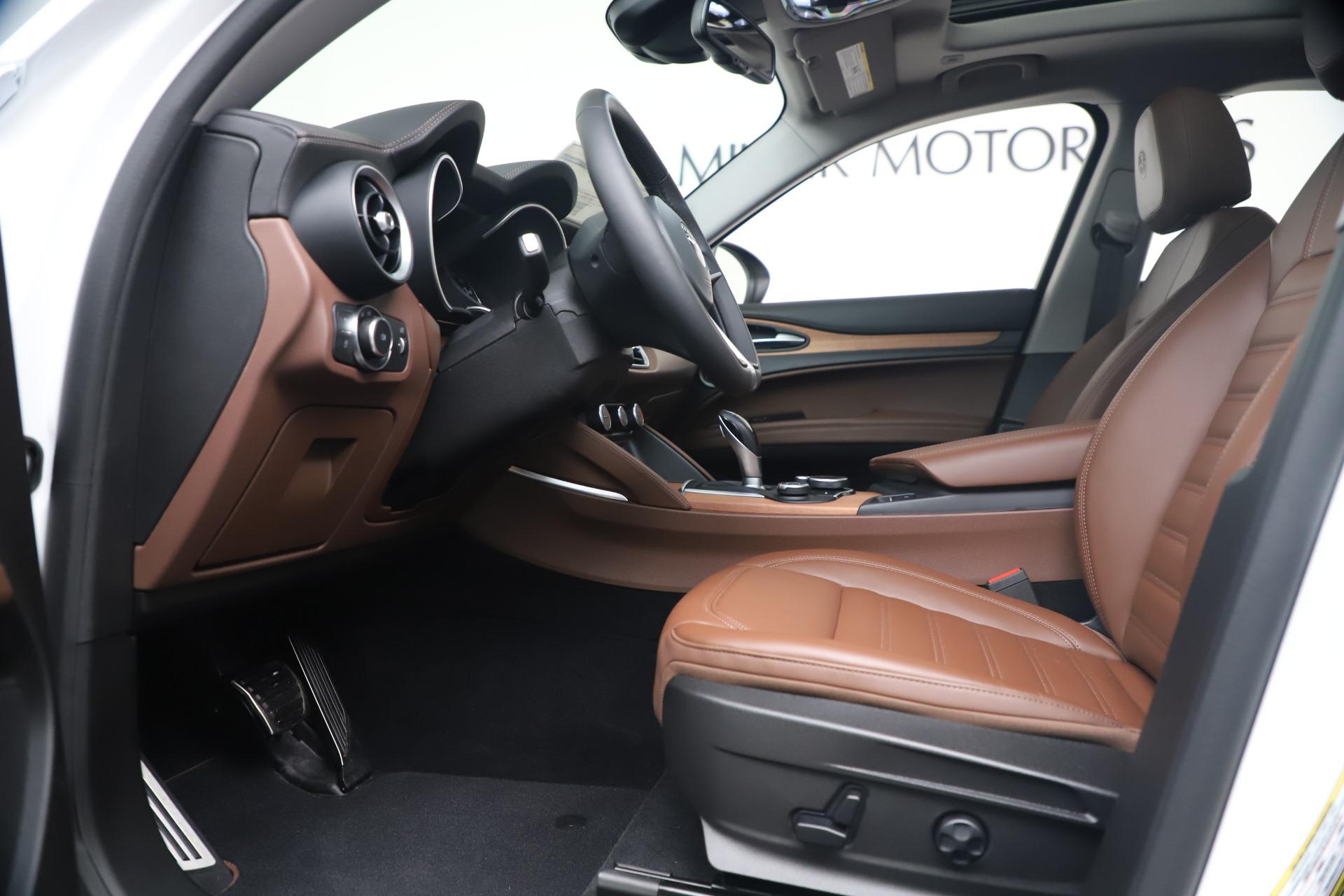 New 2019 Alfa Romeo Stelvio Ti Lusso Q4 For Sale In Westport, CT 3397_p14
