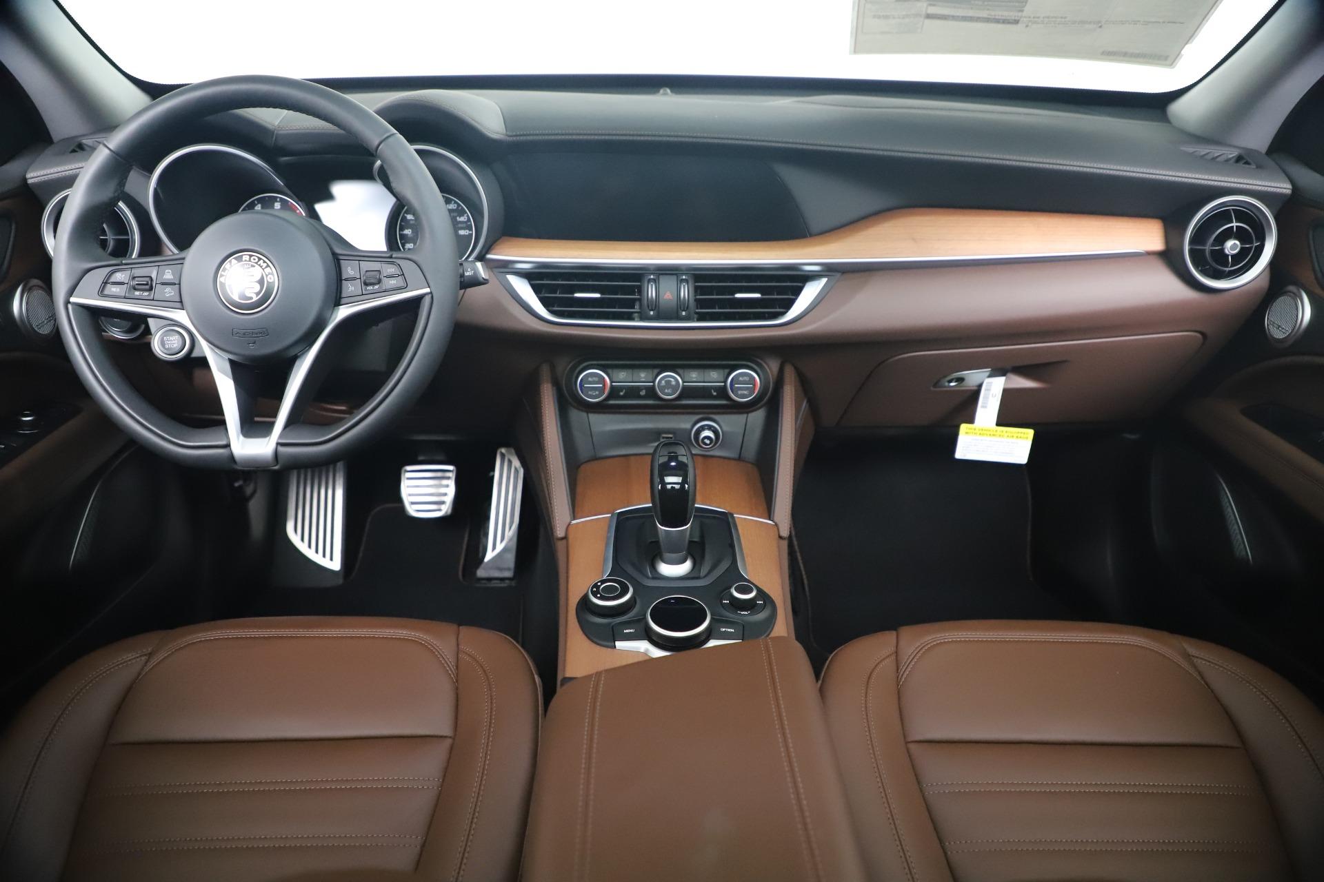 New 2019 Alfa Romeo Stelvio Ti Lusso Q4 For Sale In Westport, CT 3397_p16