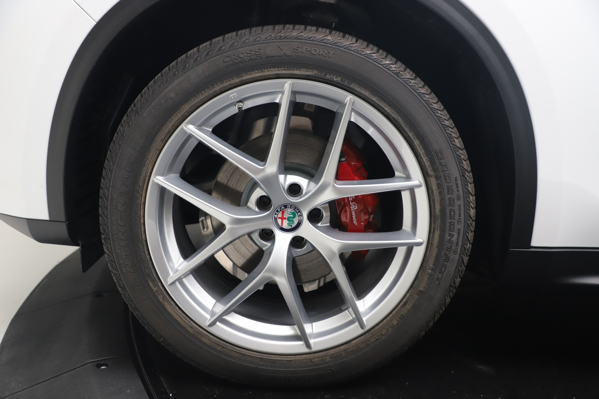 New 2019 Alfa Romeo Stelvio Ti Lusso Q4 For Sale In Westport, CT 3397_p28