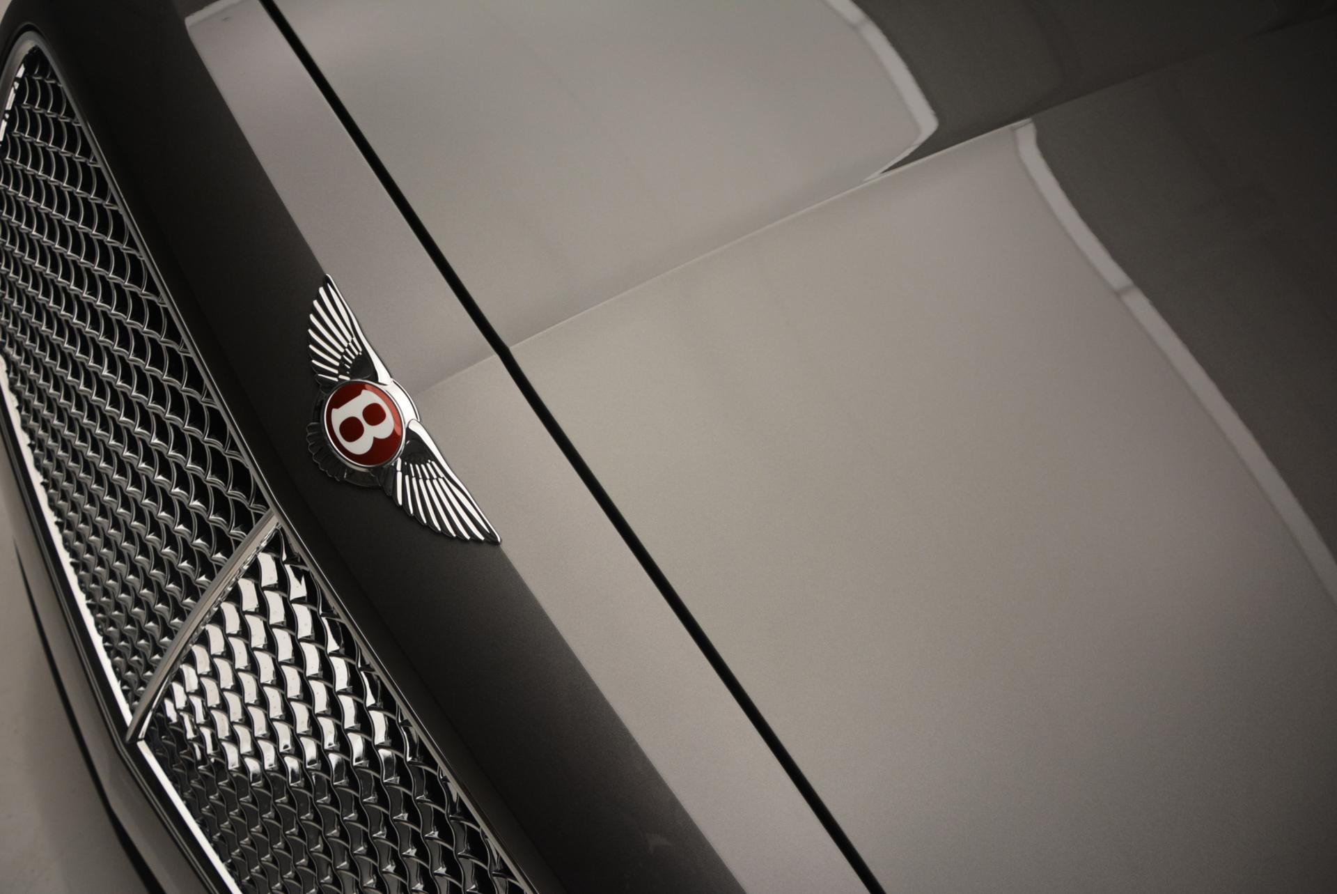 Used 2016 Bentley Flying Spur V8  For Sale In Westport, CT 34_p13