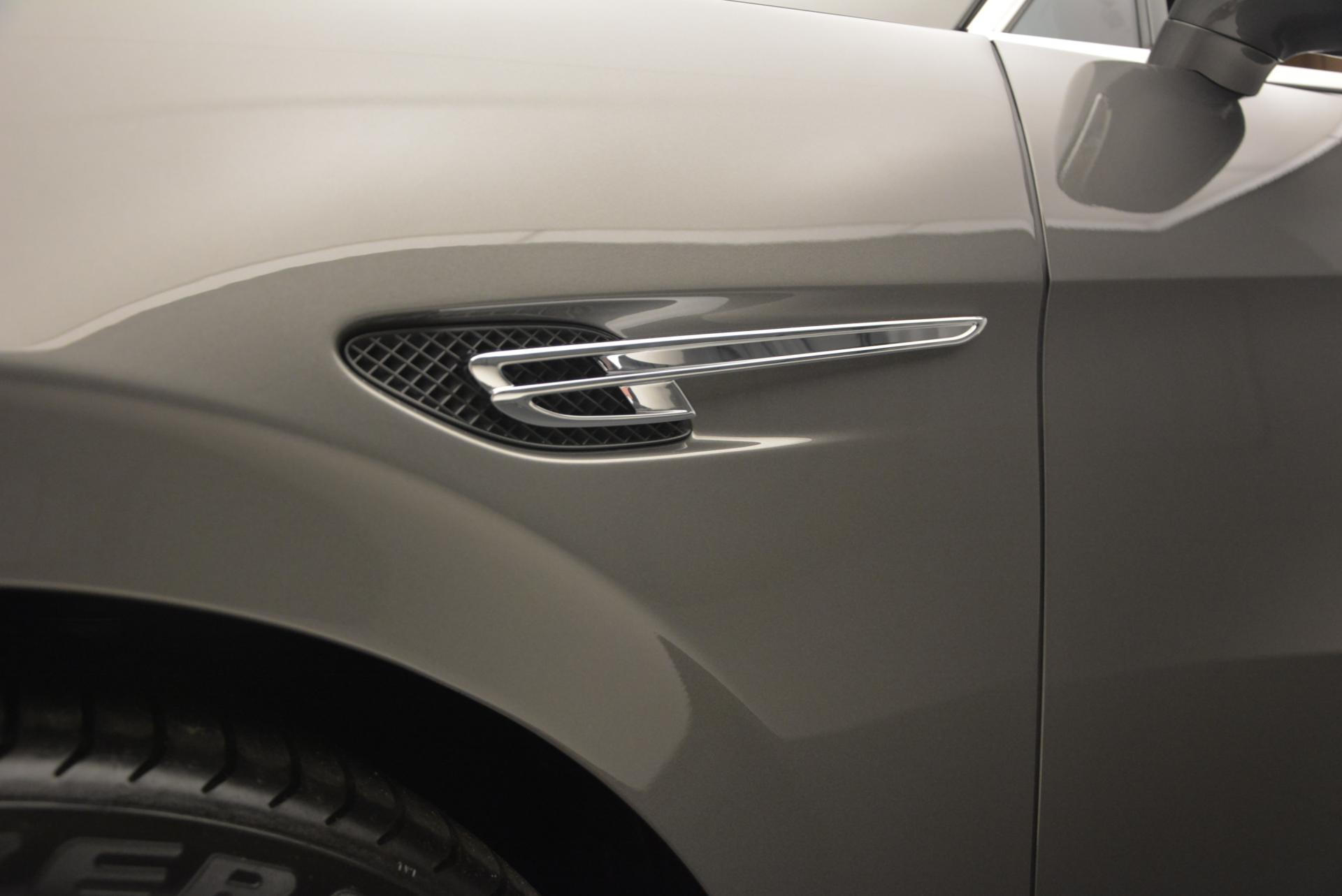 Used 2016 Bentley Flying Spur V8  For Sale In Westport, CT 34_p18