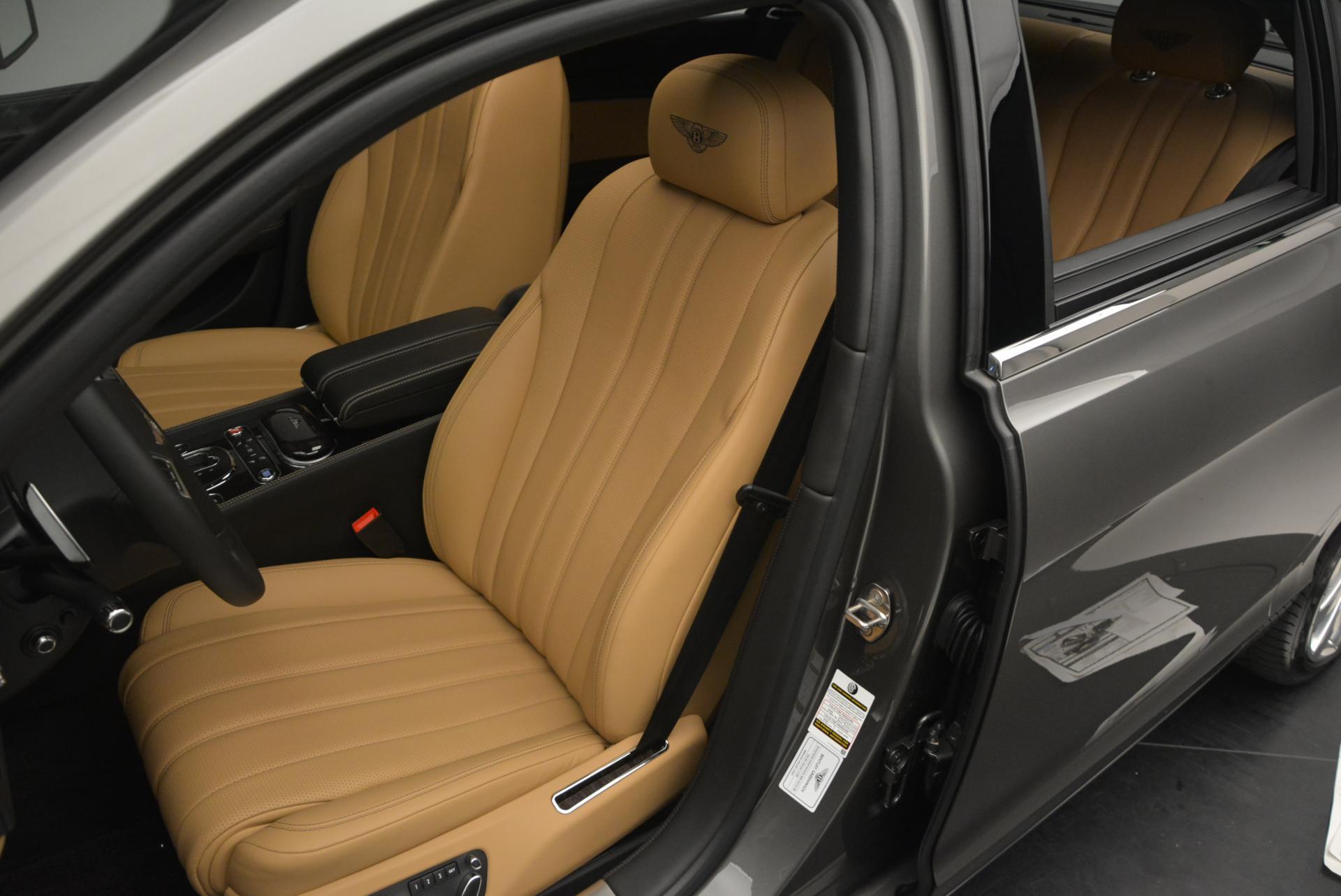 Used 2016 Bentley Flying Spur V8  For Sale In Westport, CT 34_p21