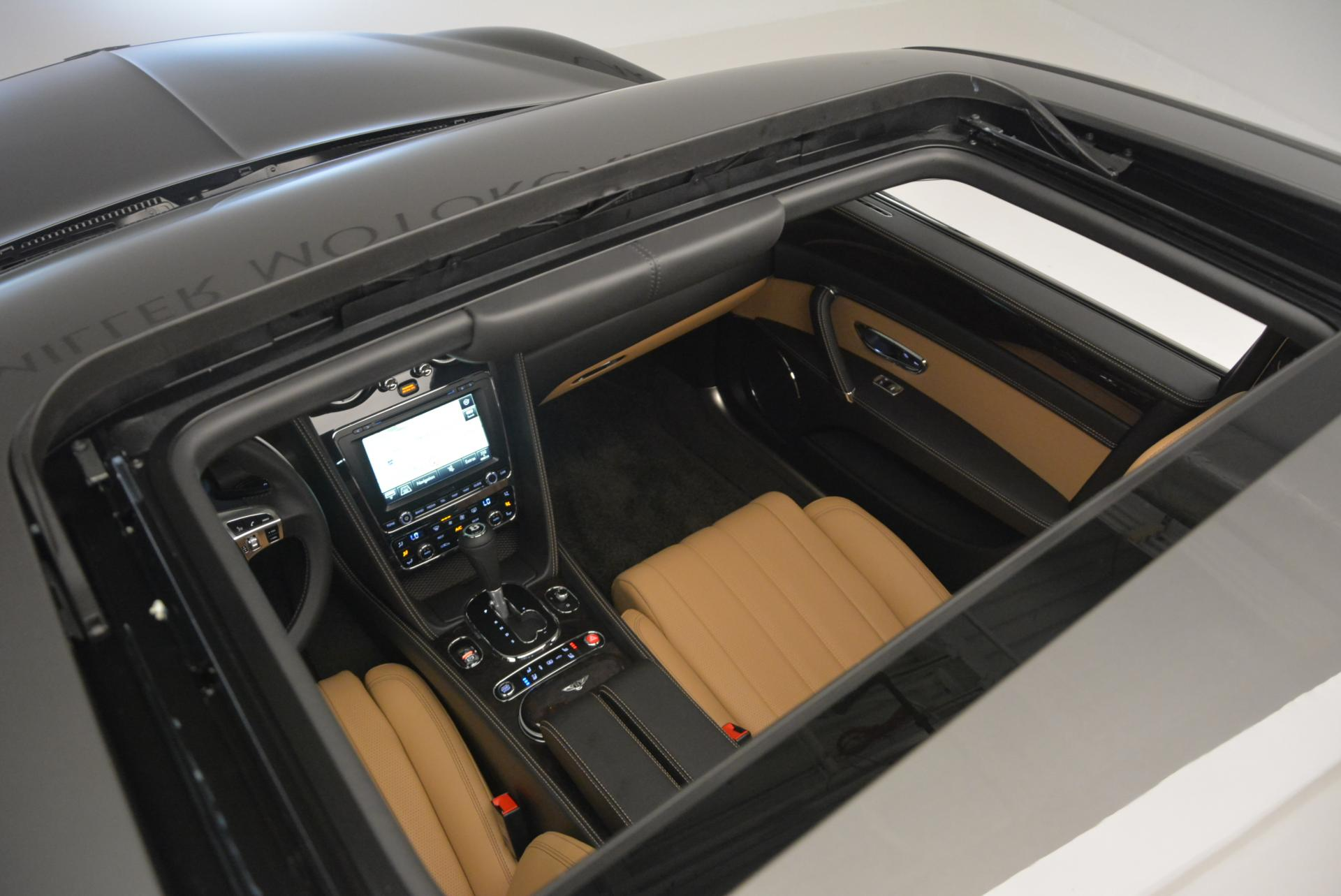 Used 2016 Bentley Flying Spur V8  For Sale In Westport, CT 34_p33