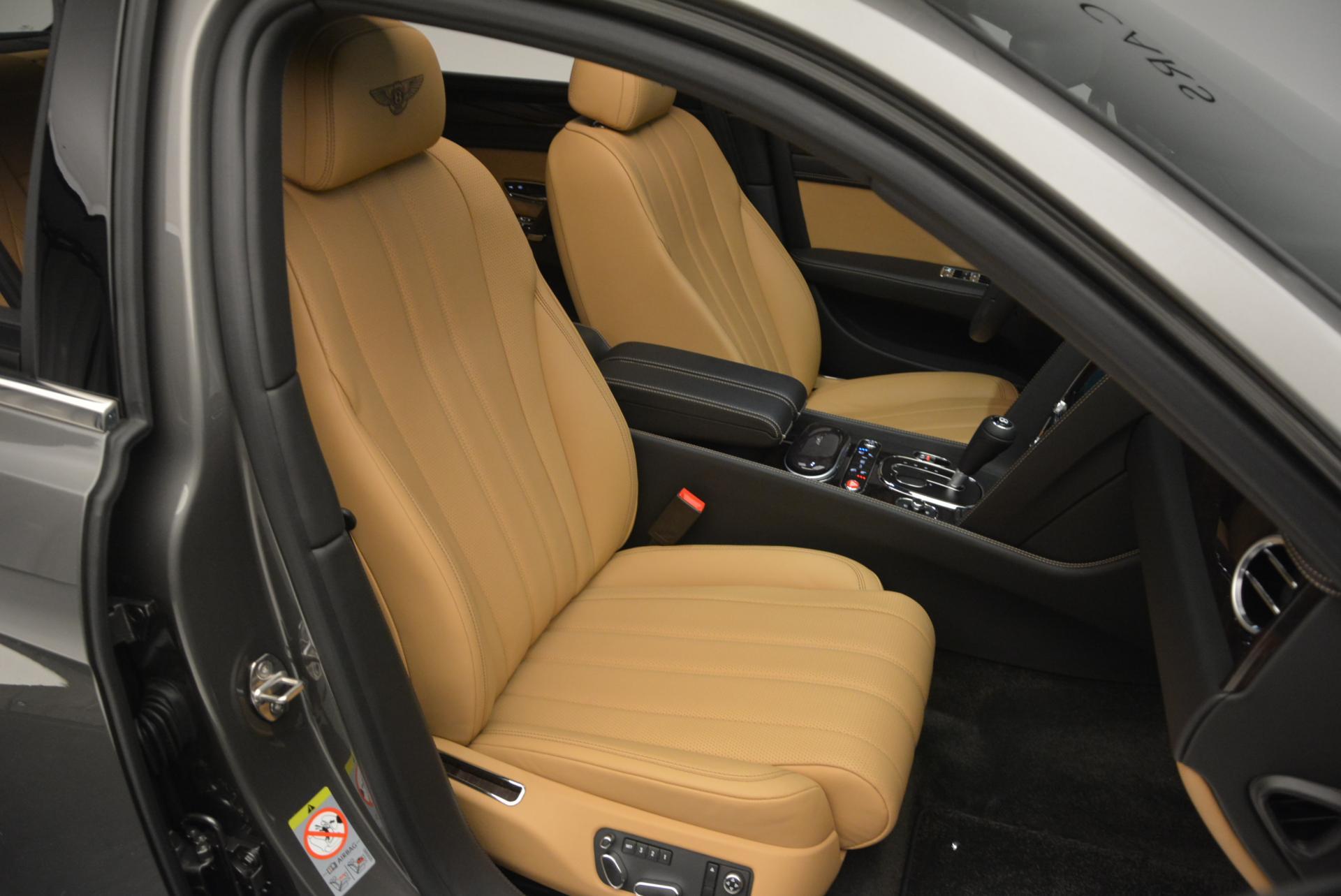Used 2016 Bentley Flying Spur V8  For Sale In Westport, CT 34_p36