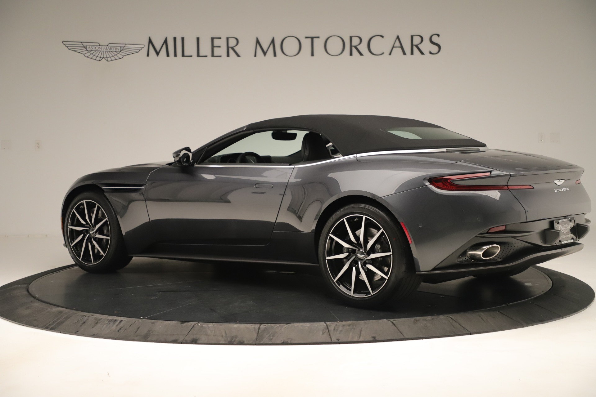 New 2019 Aston Martin DB11 V8 For Sale In Westport, CT 3400_p19