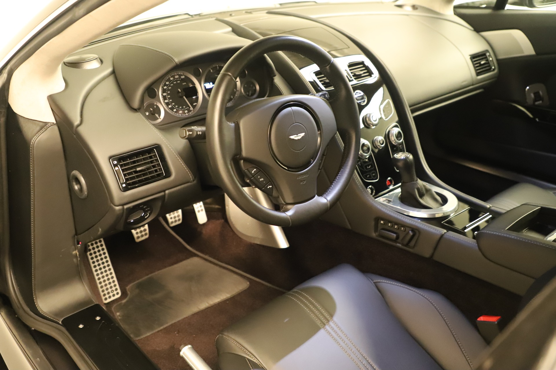 Used 2016 Aston Martin V8 Vantage S For Sale In Westport, CT 3402_p13