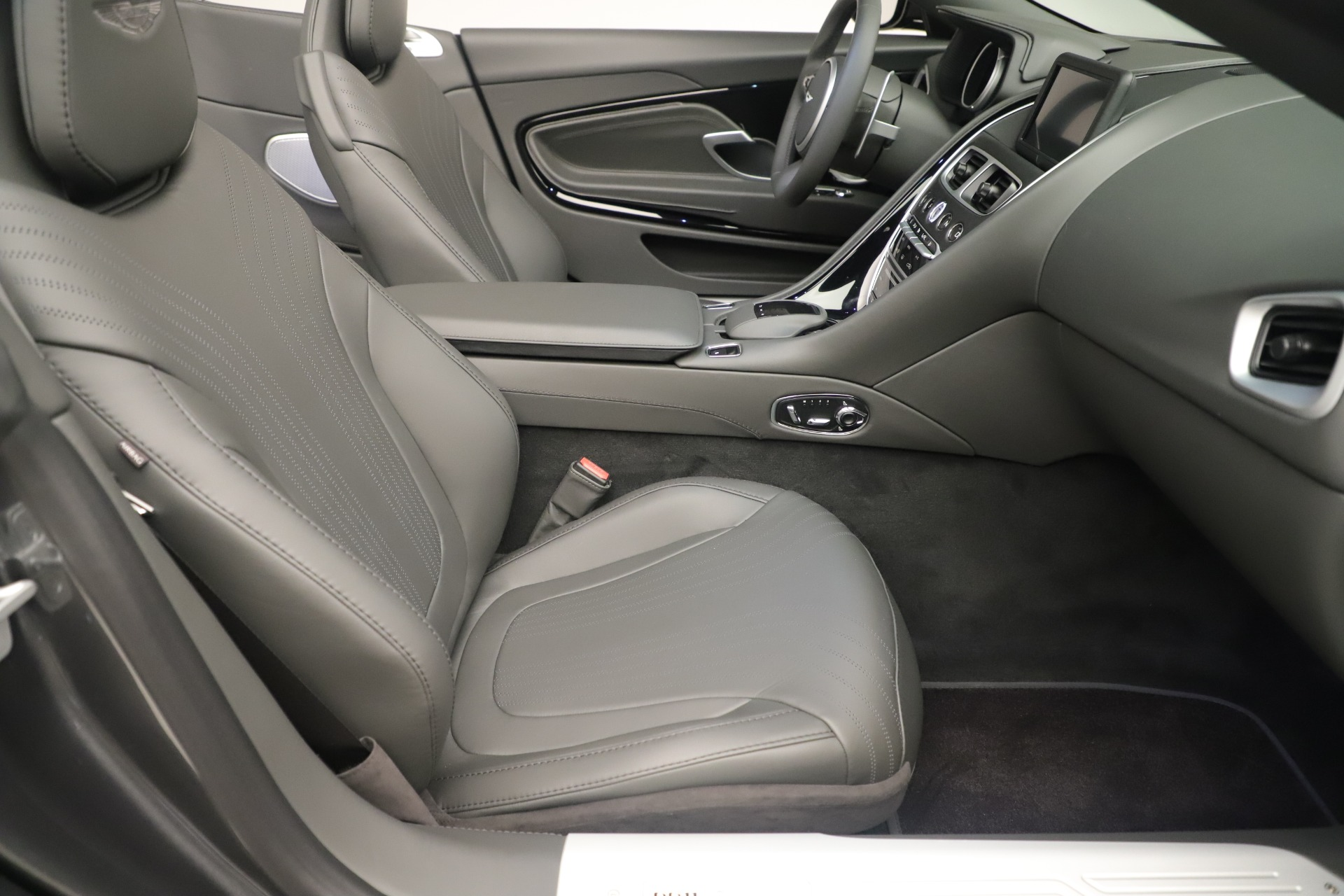 Used 2020 Aston Martin DB11 V8 For Sale In Westport, CT 3406_p21