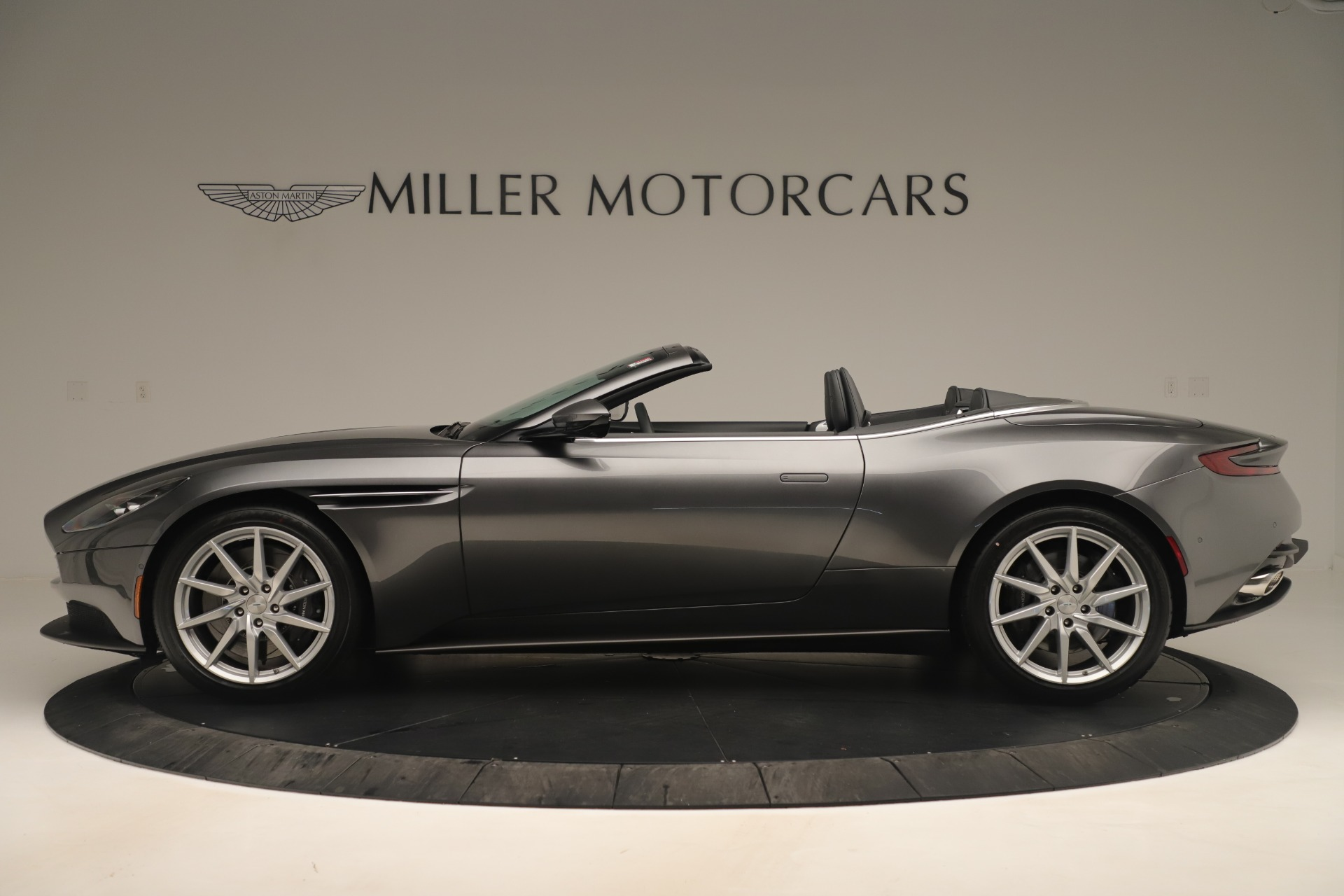 Used 2020 Aston Martin DB11 V8 For Sale In Westport, CT 3406_p3
