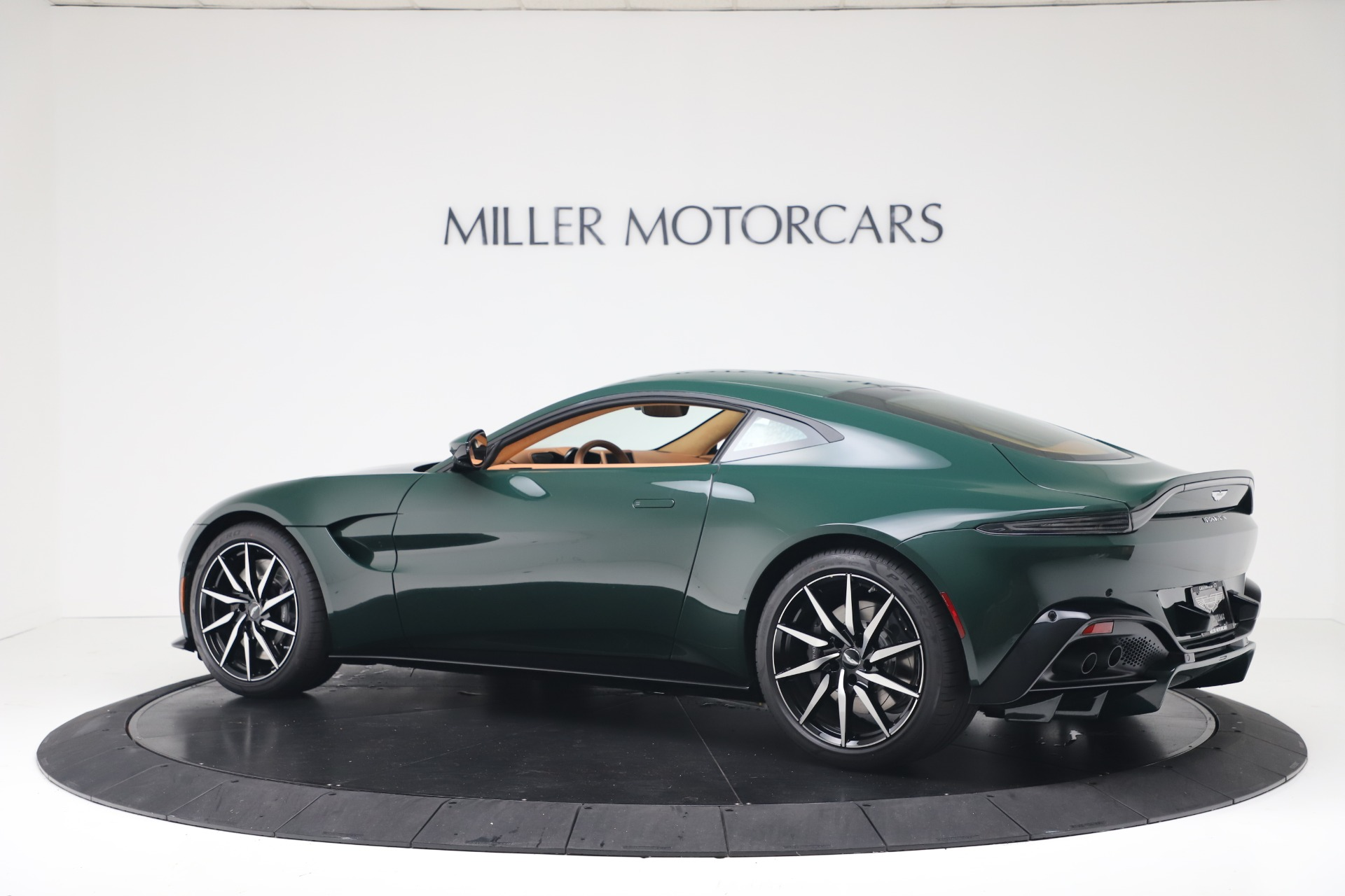 New 2020 Aston Martin Vantage  For Sale In Westport, CT 3411_p5