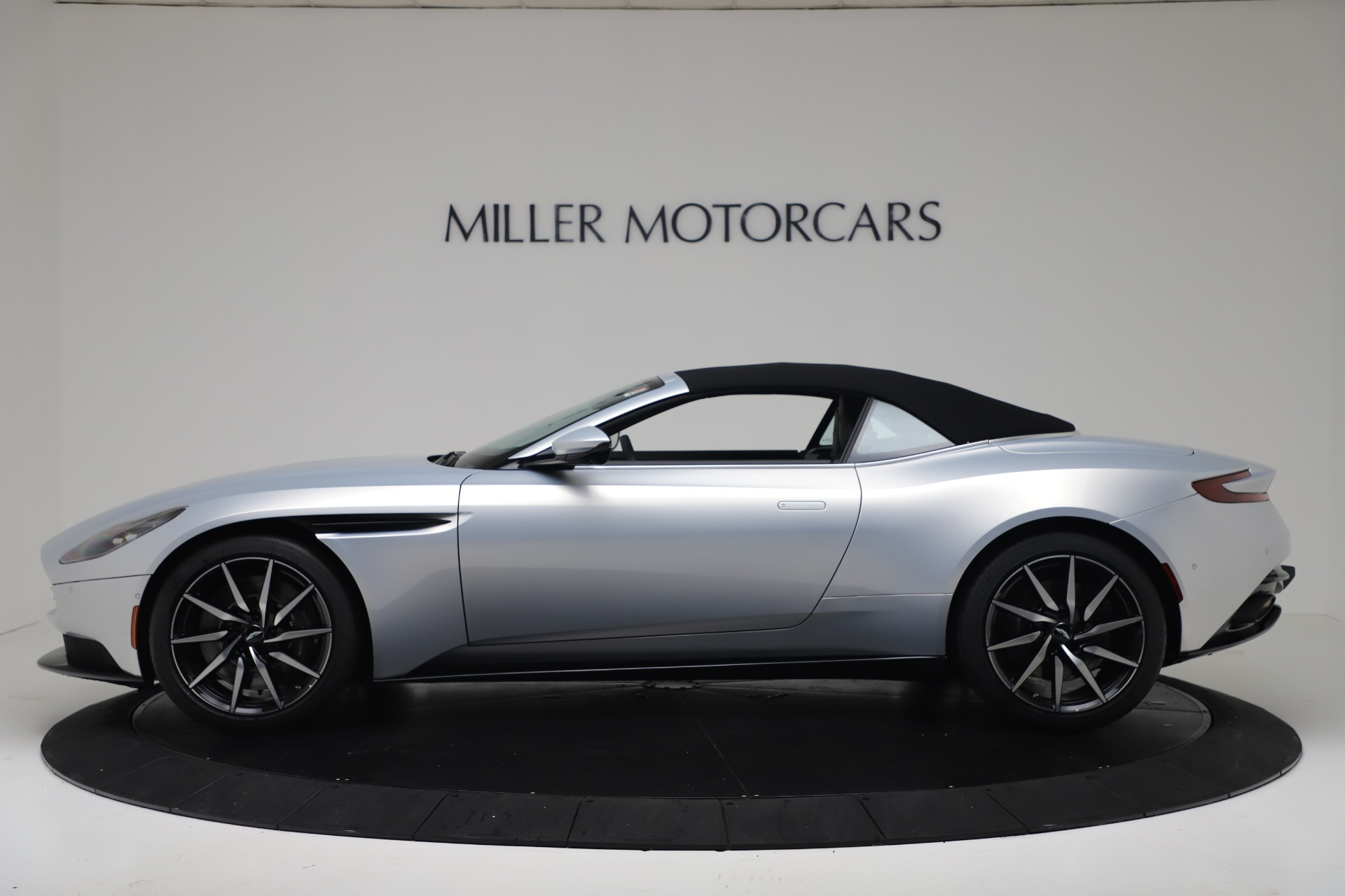 New 2020 Aston Martin DB11 V8 For Sale In Westport, CT 3412_p14