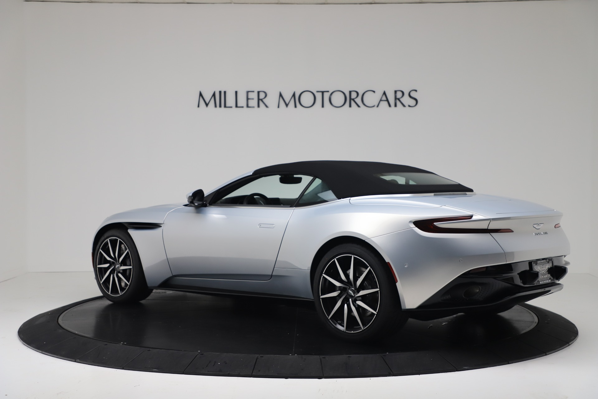 New 2020 Aston Martin DB11 V8 For Sale In Westport, CT 3412_p15