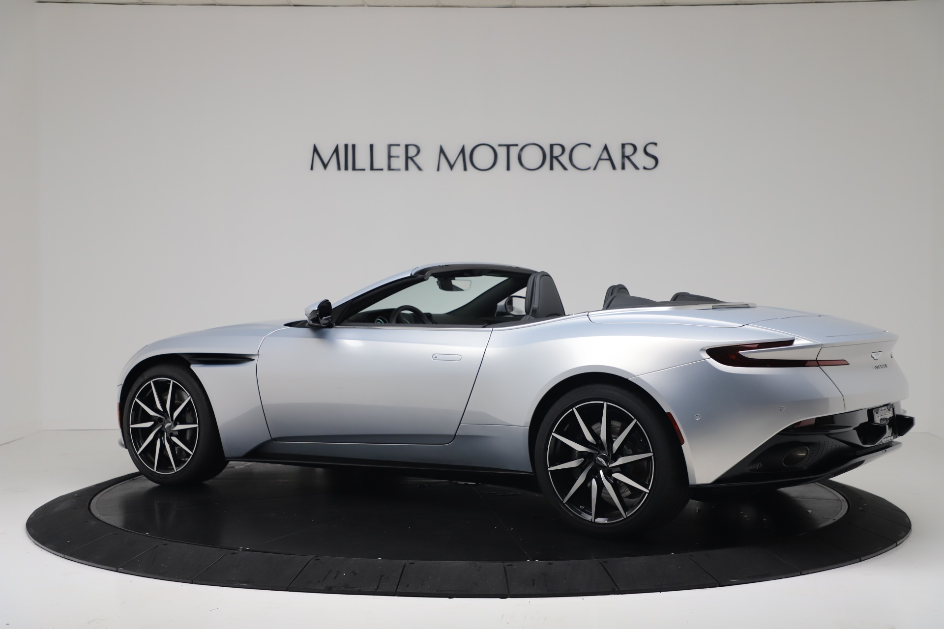 New 2020 Aston Martin DB11 V8 For Sale In Westport, CT 3412_p5
