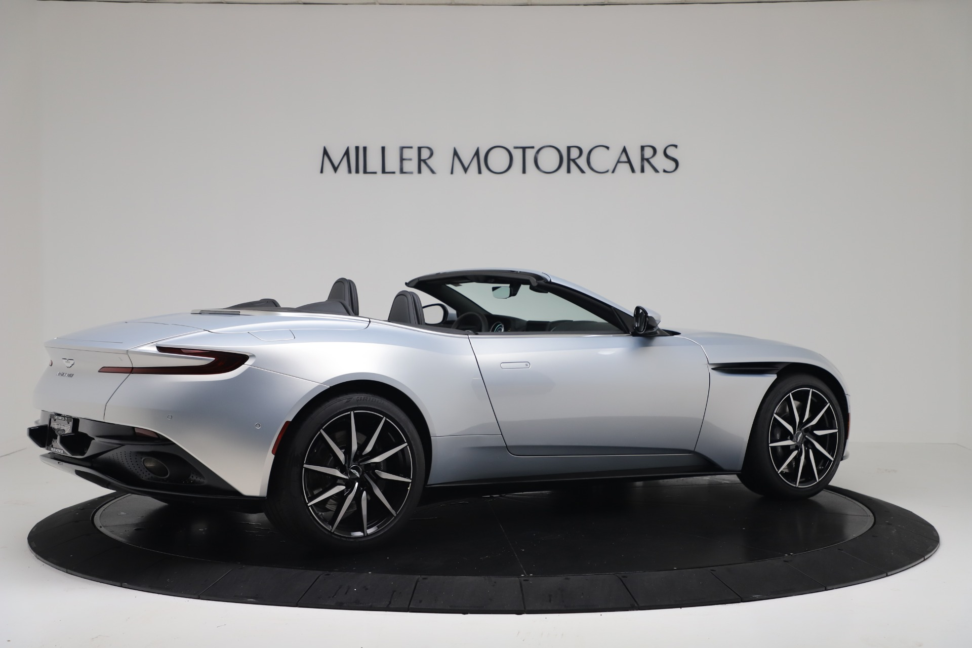 New 2020 Aston Martin DB11 V8 For Sale In Westport, CT 3412_p9