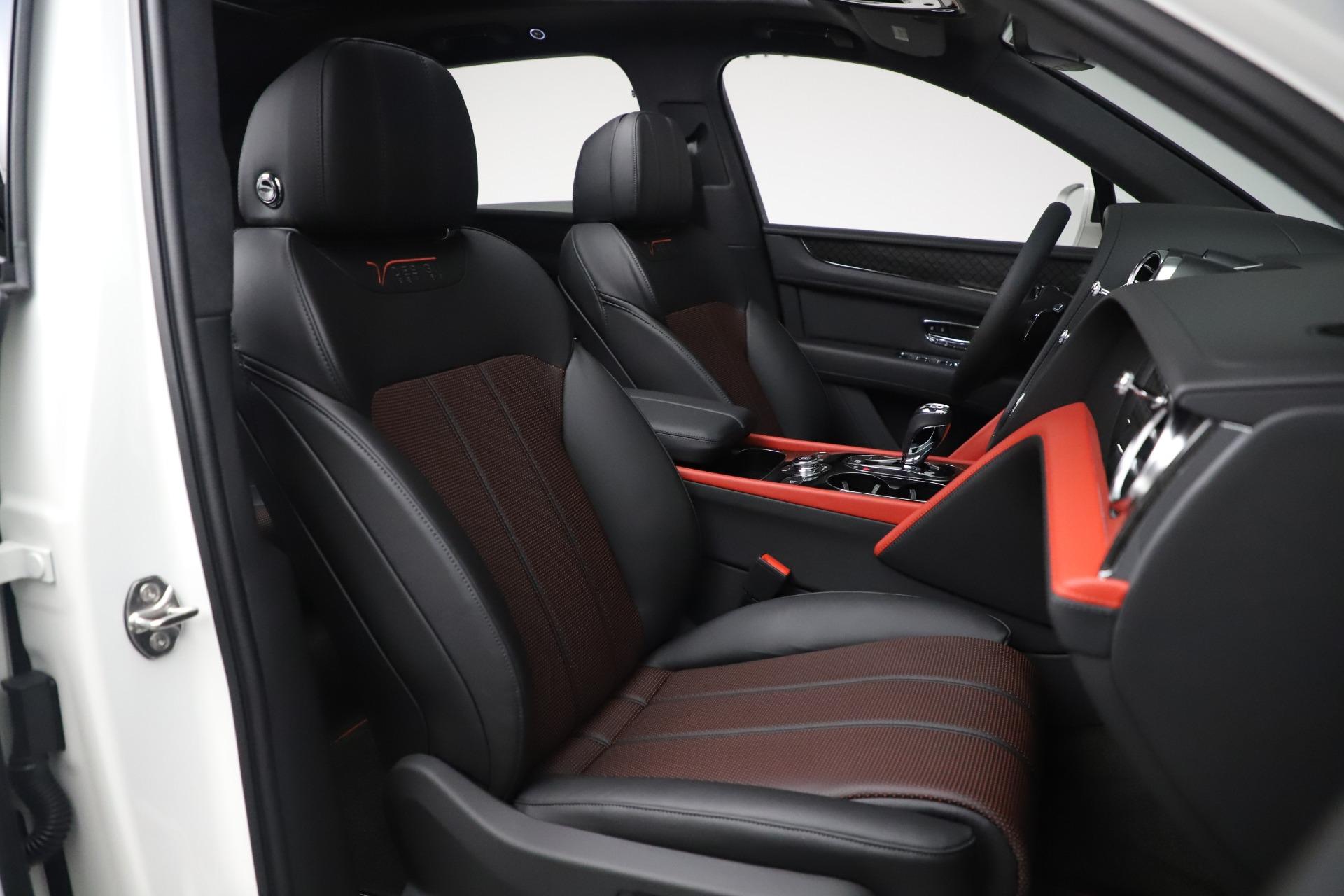 New 2020 Bentley Bentayga V8 Design Series For Sale In Westport, CT 3414_p19