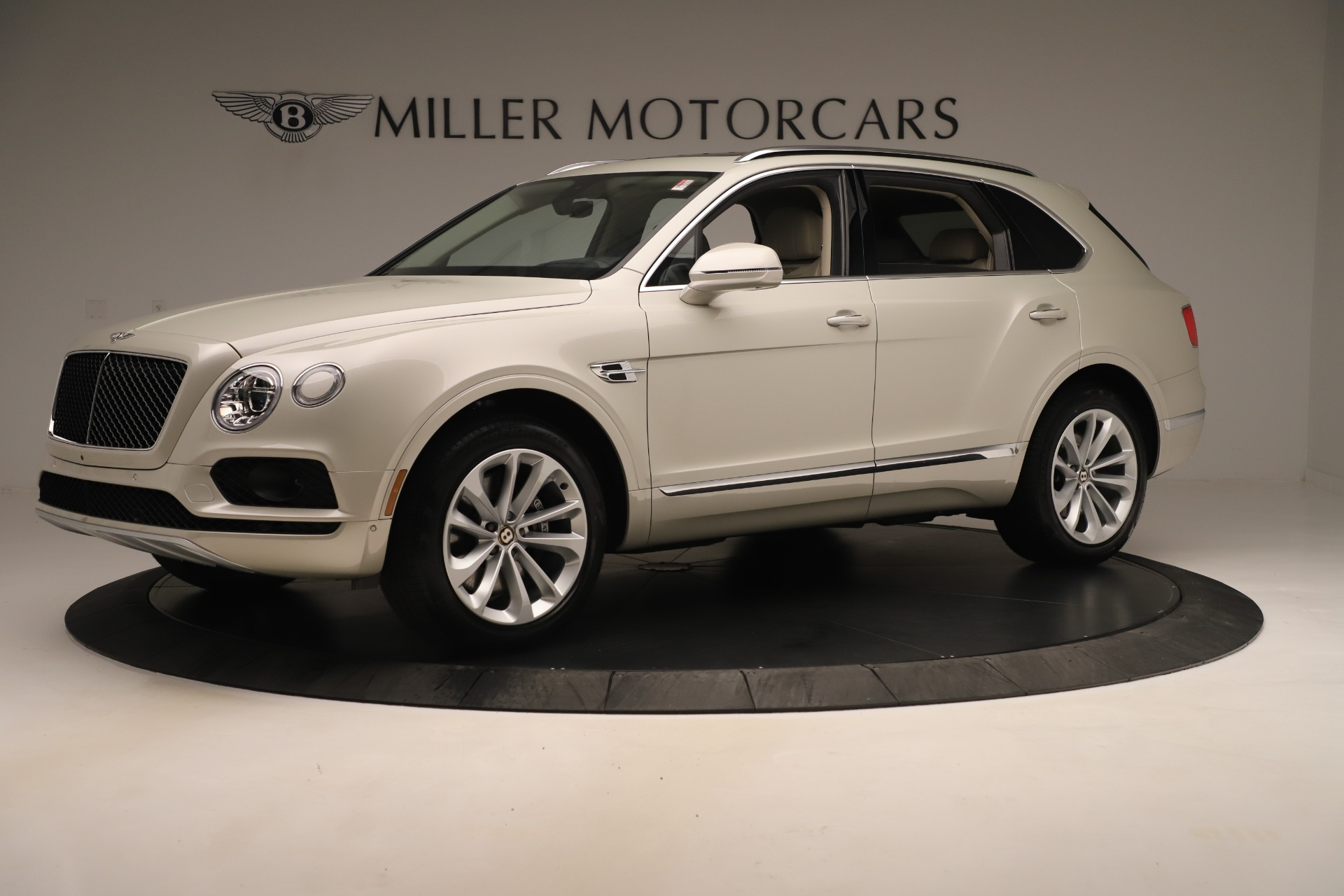 New 2020 Bentley Bentayga V8 For Sale In Westport, CT 3419_p2