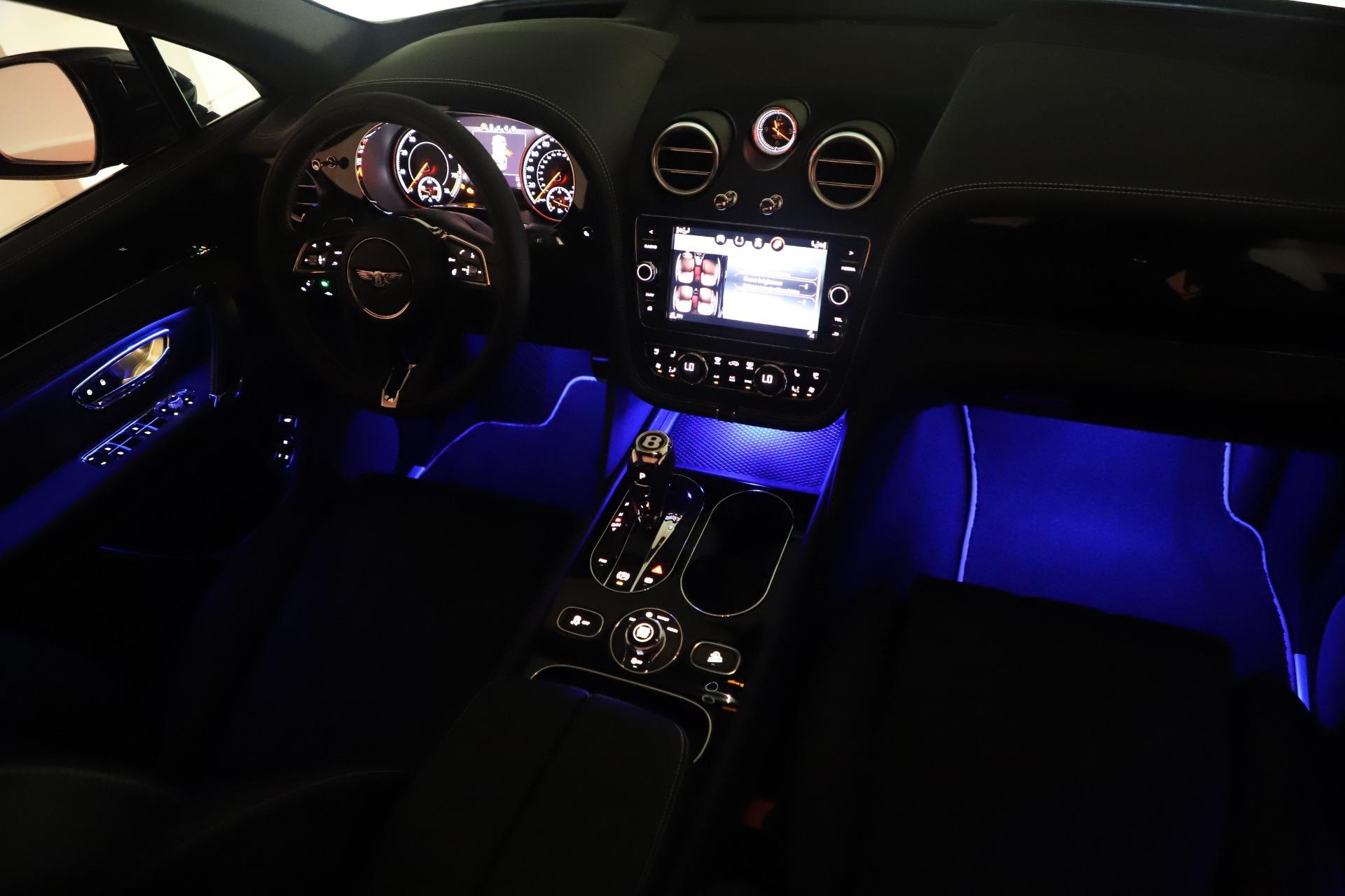 New 2020 Bentley Bentayga V8 For Sale In Westport, CT 3425_p31
