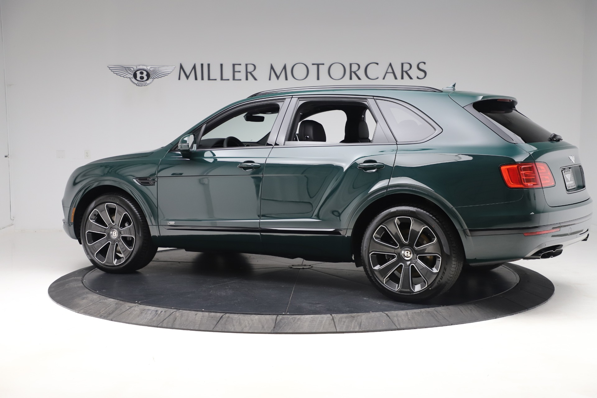 New 2020 Bentley Bentayga V8 Design Series For Sale In Westport, CT 3427_p4
