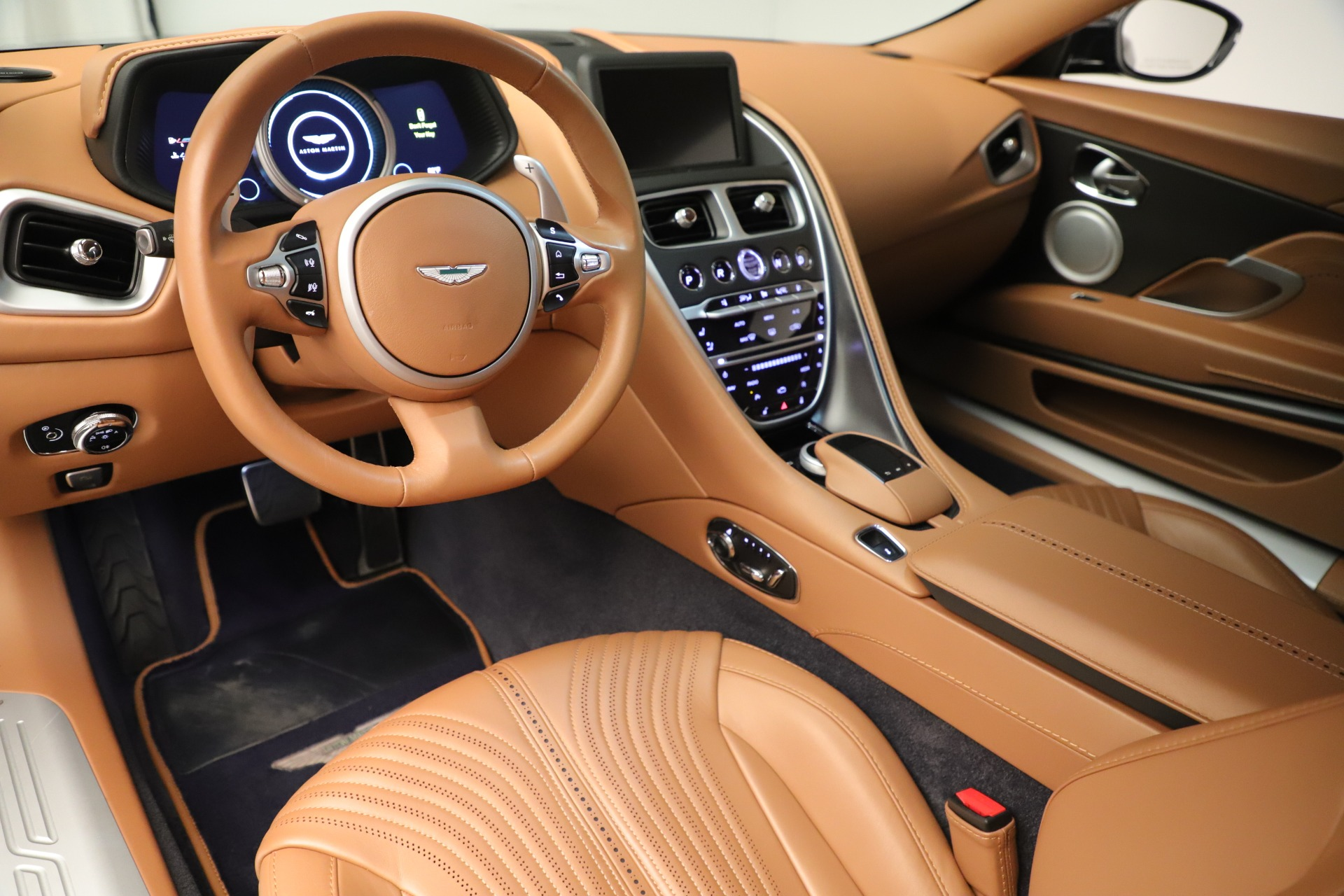Used 2017 Aston Martin DB11 Launch Edition For Sale In Westport, CT 3431_p13