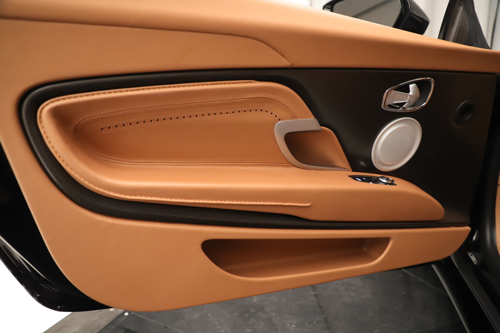 Used 2017 Aston Martin DB11 Launch Edition For Sale In Westport, CT 3431_p16