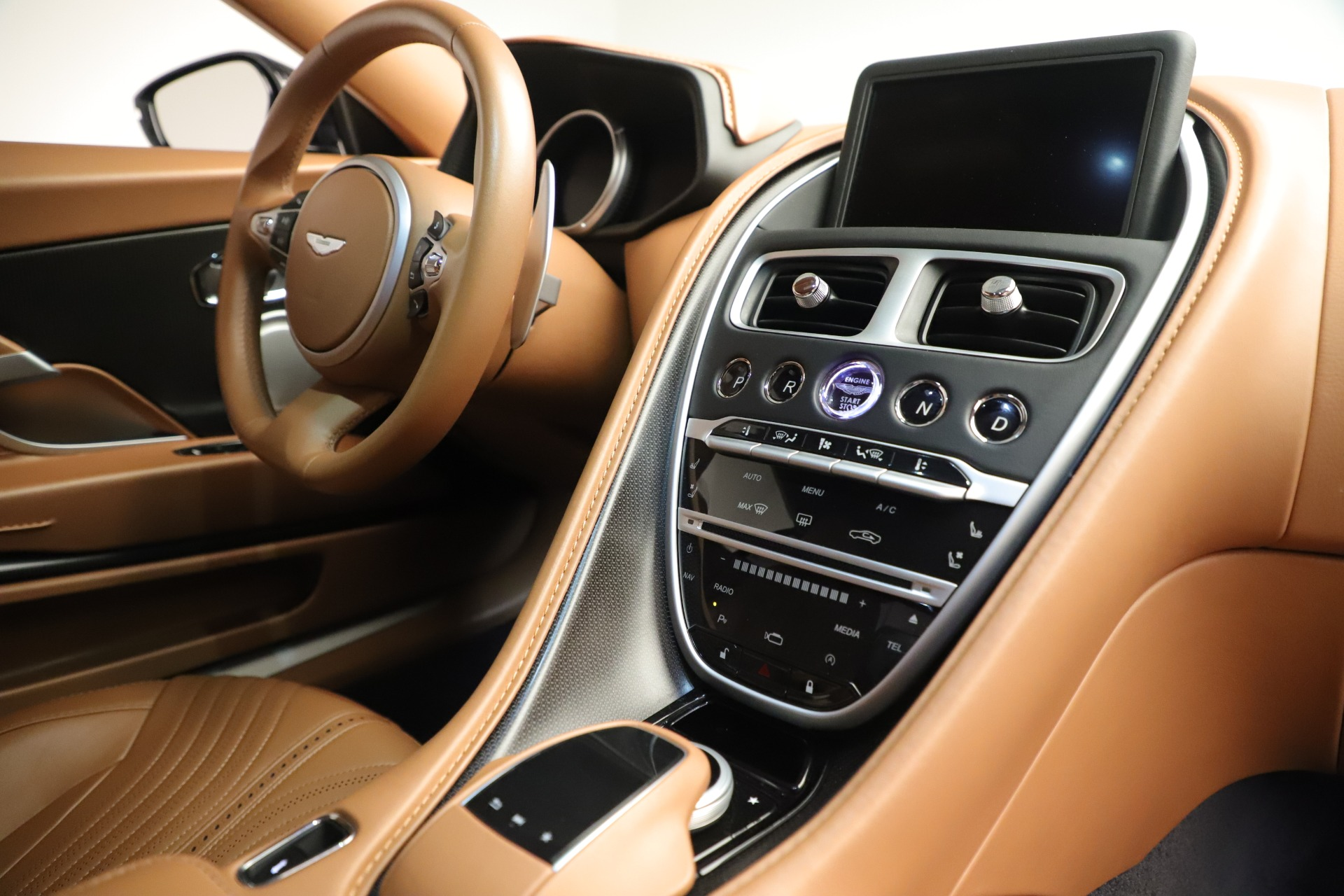Used 2017 Aston Martin DB11 Launch Edition For Sale In Westport, CT 3431_p18