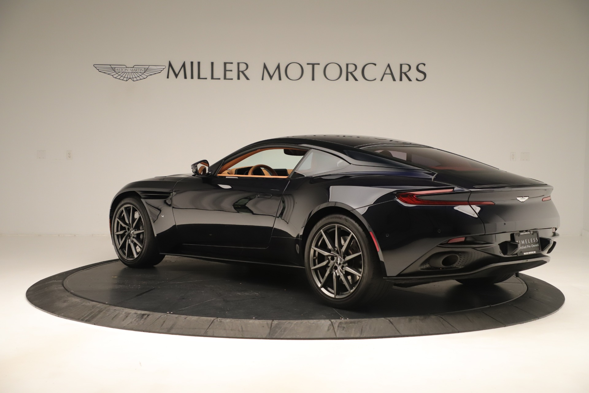 Used 2017 Aston Martin DB11 Launch Edition For Sale In Westport, CT 3431_p3