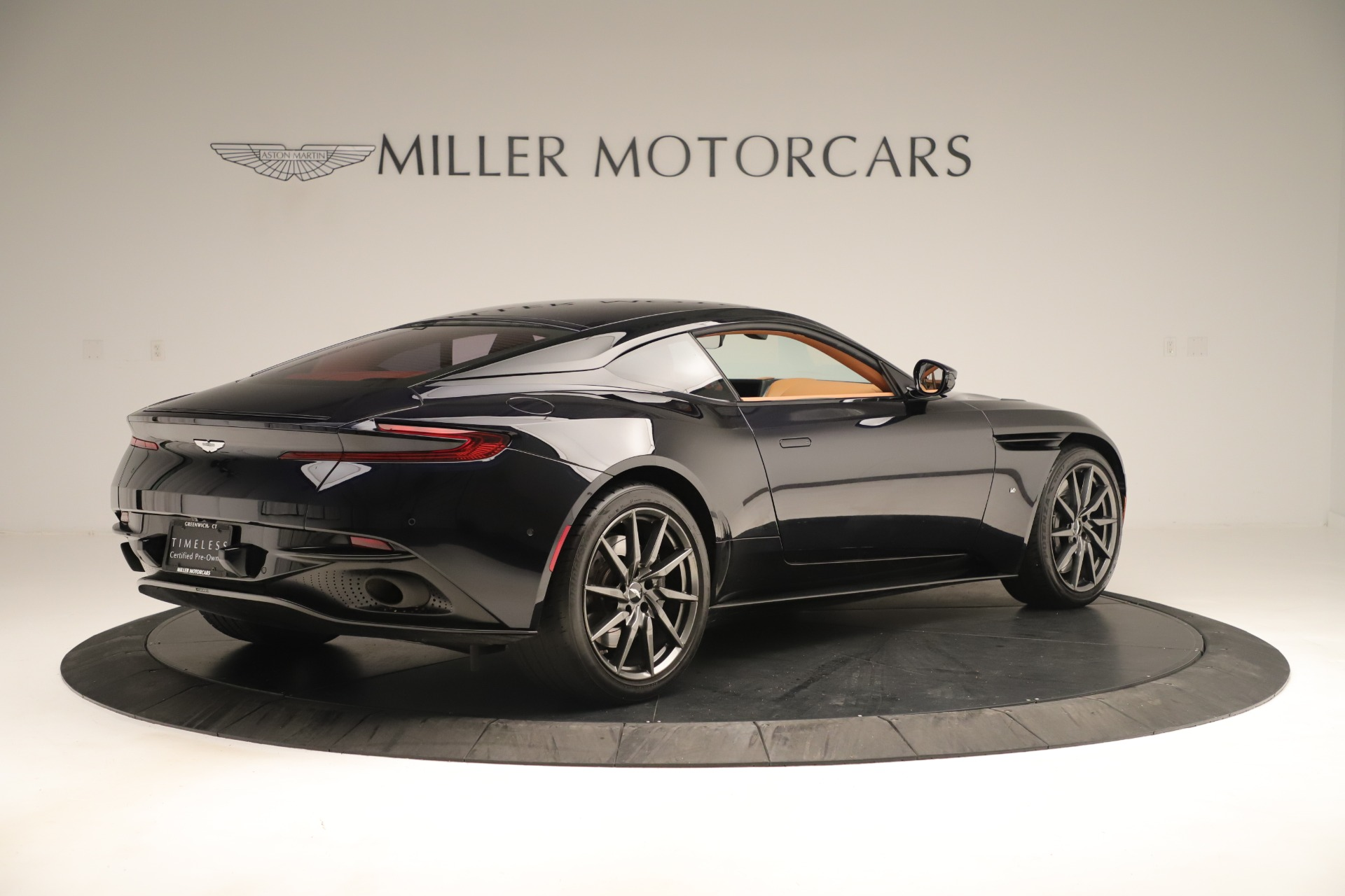 Used 2017 Aston Martin DB11 Launch Edition For Sale In Westport, CT 3431_p7