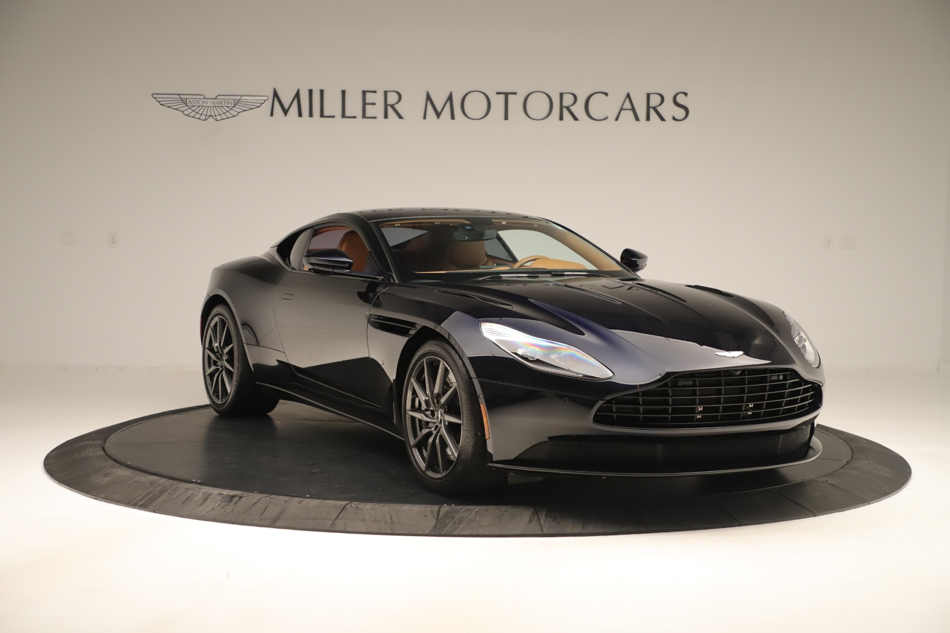 Used 2017 Aston Martin DB11 Launch Edition For Sale In Westport, CT 3431_p9