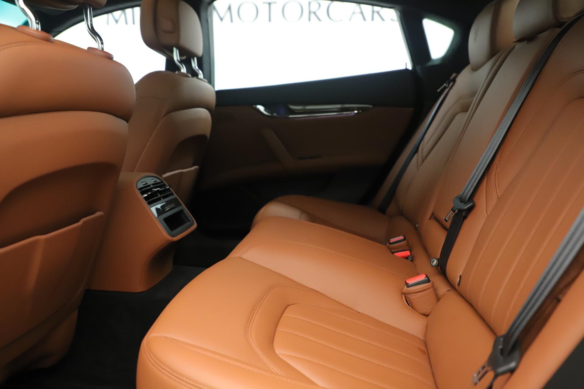 Used 2014 Maserati Quattroporte S Q4 For Sale In Westport, CT 3432_p17