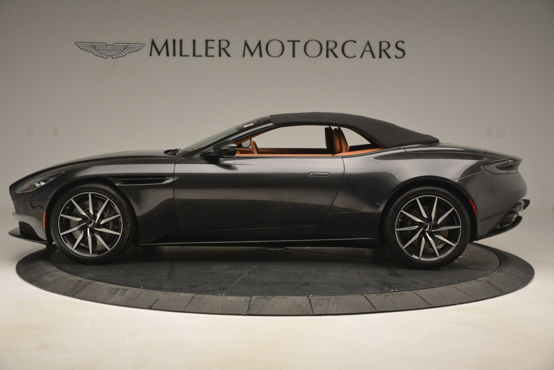 Used 2019 Aston Martin DB11 V8 Volante For Sale In Westport, CT 3434_p14