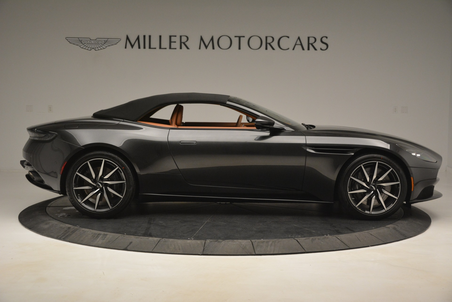 Used 2019 Aston Martin DB11 V8 Volante For Sale In Westport, CT 3434_p15