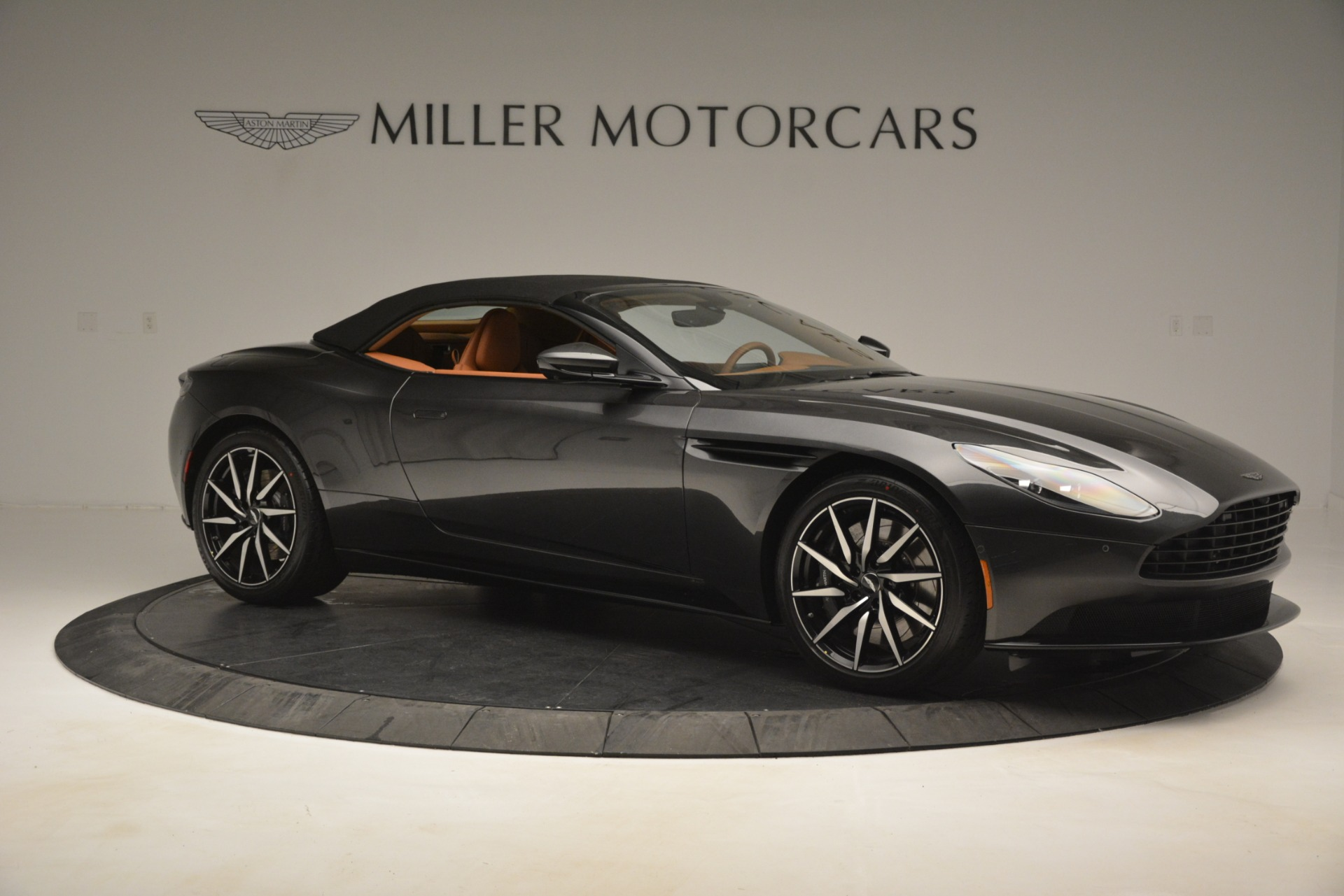 Used 2019 Aston Martin DB11 V8 Volante For Sale In Westport, CT 3434_p16