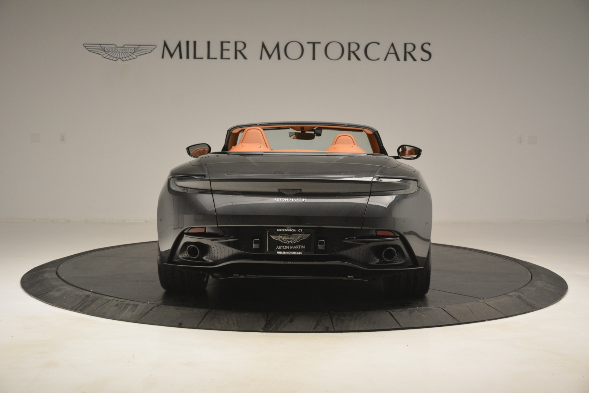 Used 2019 Aston Martin DB11 V8 Volante For Sale In Westport, CT 3434_p5