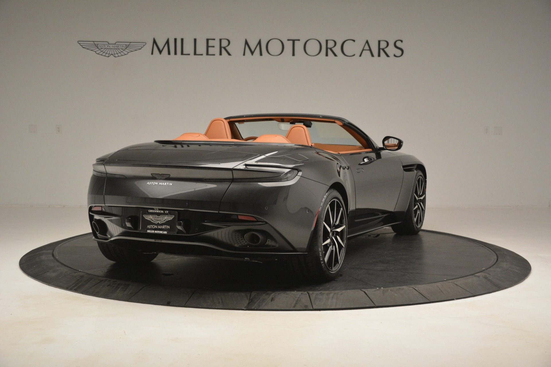 Used 2019 Aston Martin DB11 V8 Volante For Sale In Westport, CT 3434_p6