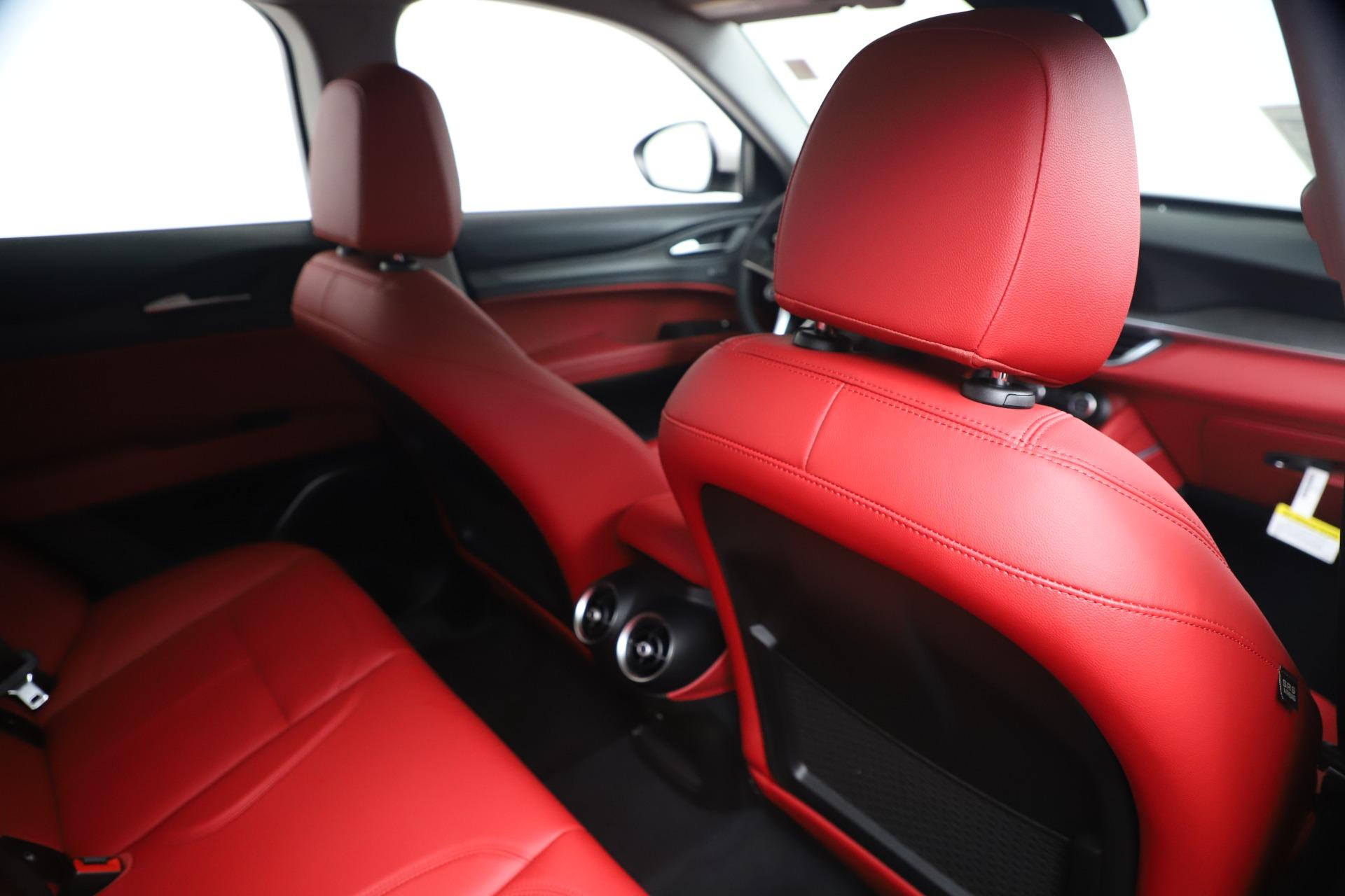 New 2019 Alfa Romeo Stelvio Ti Q4 For Sale In Westport, CT 3438_p28