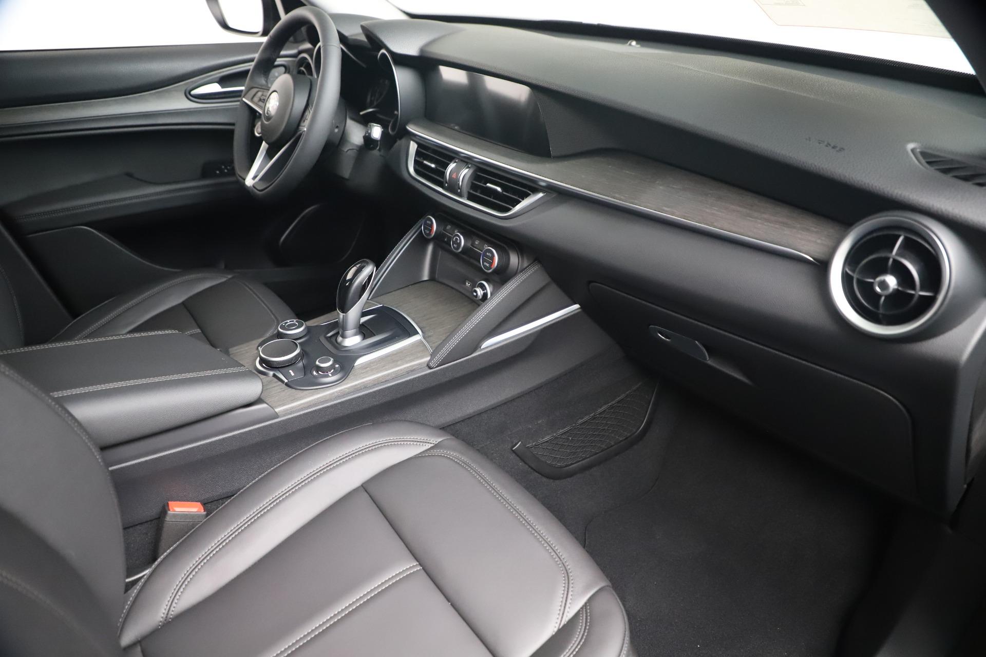 New 2019 Alfa Romeo Stelvio Ti Q4 For Sale In Westport, CT 3439_p22
