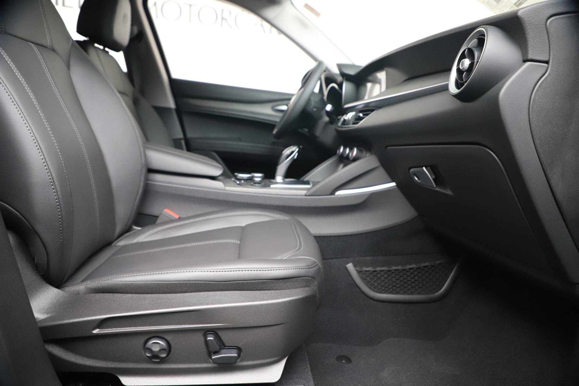 New 2019 Alfa Romeo Stelvio Ti Q4 For Sale In Westport, CT 3439_p23
