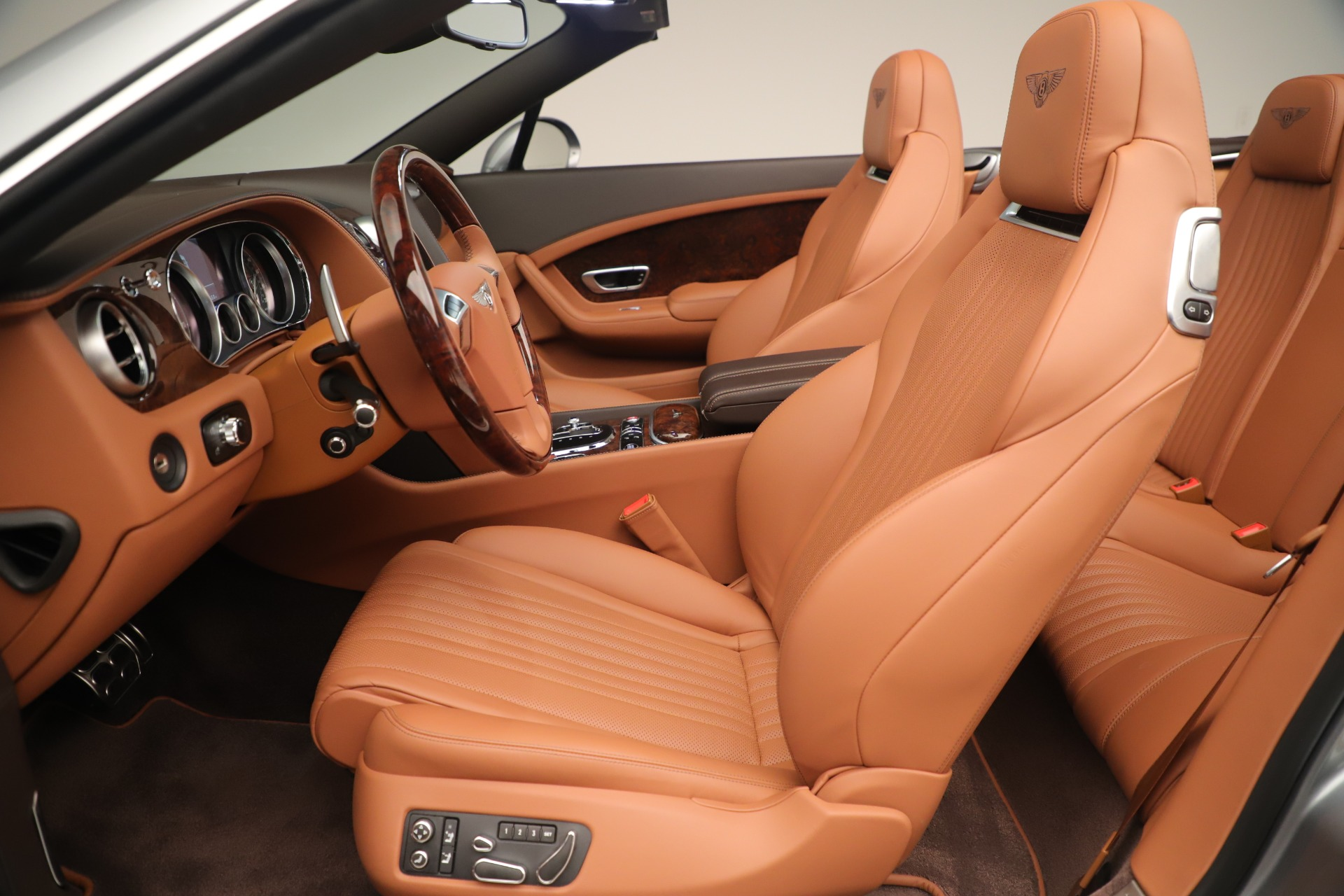 Used 2016 Bentley Continental GT V8 S For Sale In Westport, CT 3442_p24