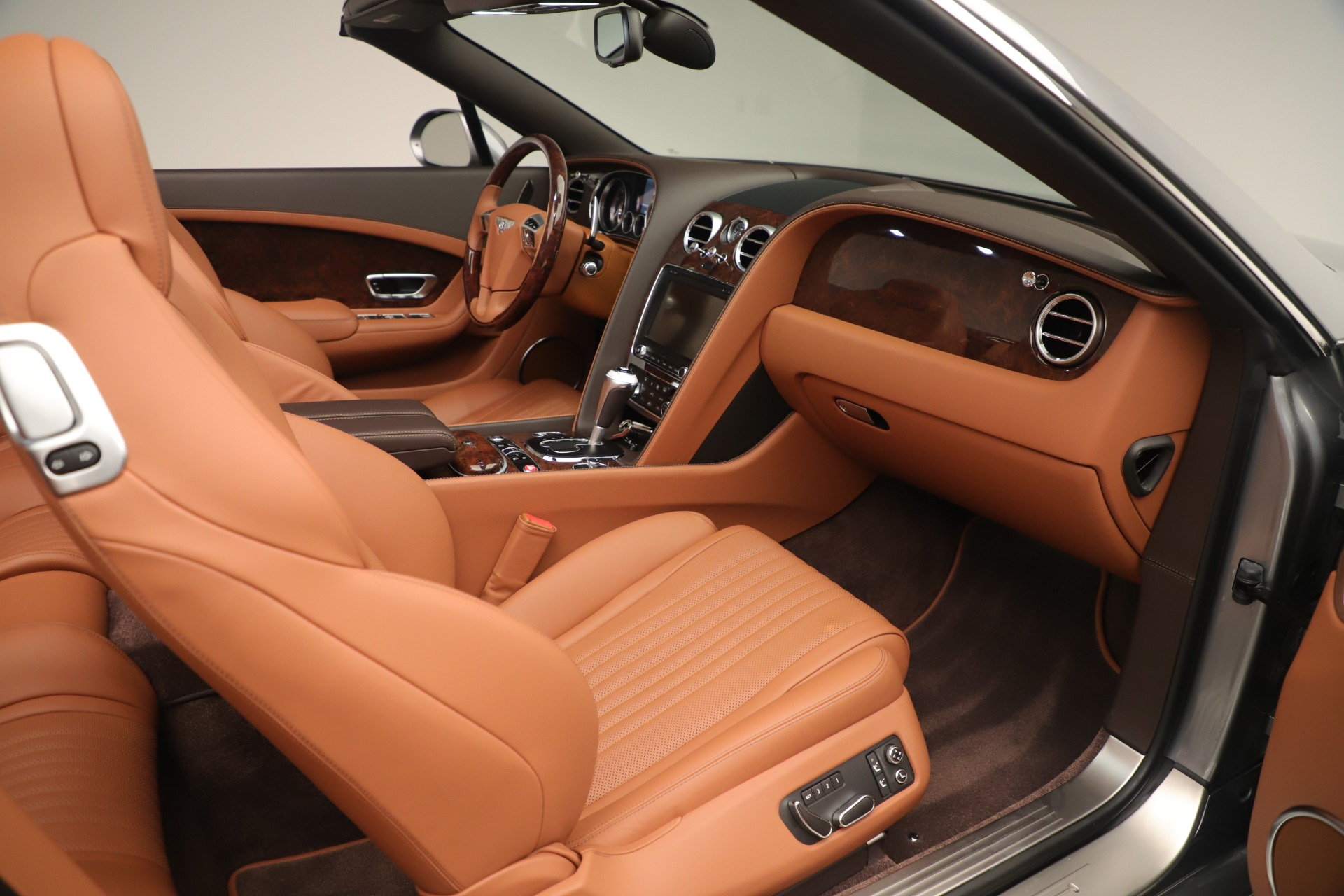 Used 2016 Bentley Continental GT V8 S For Sale In Westport, CT 3442_p27