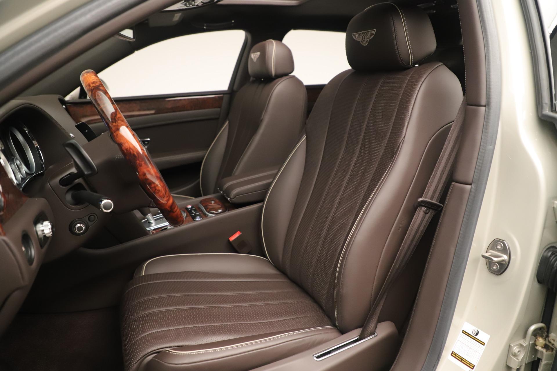 Used 2015 Bentley Flying Spur V8 For Sale In Westport, CT 3444_p18