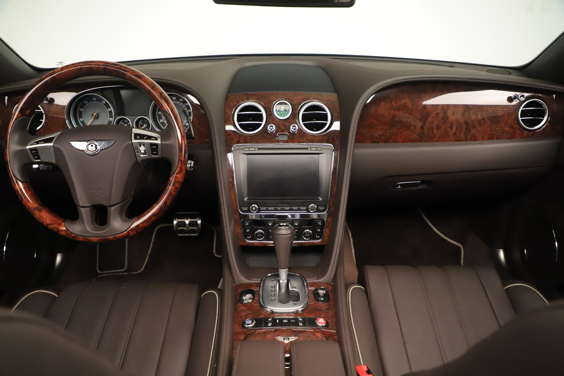 Used 2015 Bentley Flying Spur V8 For Sale In Westport, CT 3444_p23
