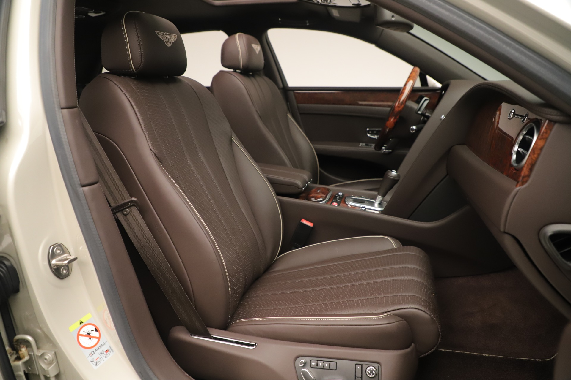 Used 2015 Bentley Flying Spur V8 For Sale In Westport, CT 3444_p26