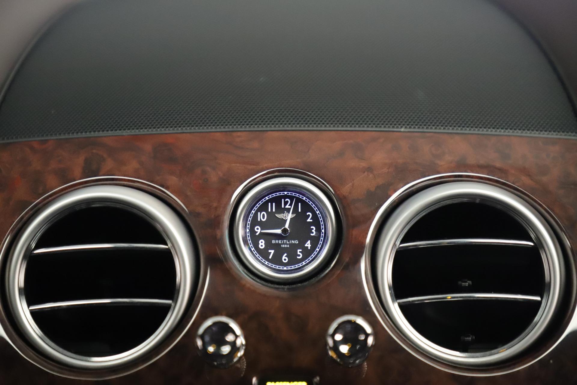 Used 2015 Bentley Flying Spur V8 For Sale In Westport, CT 3444_p27