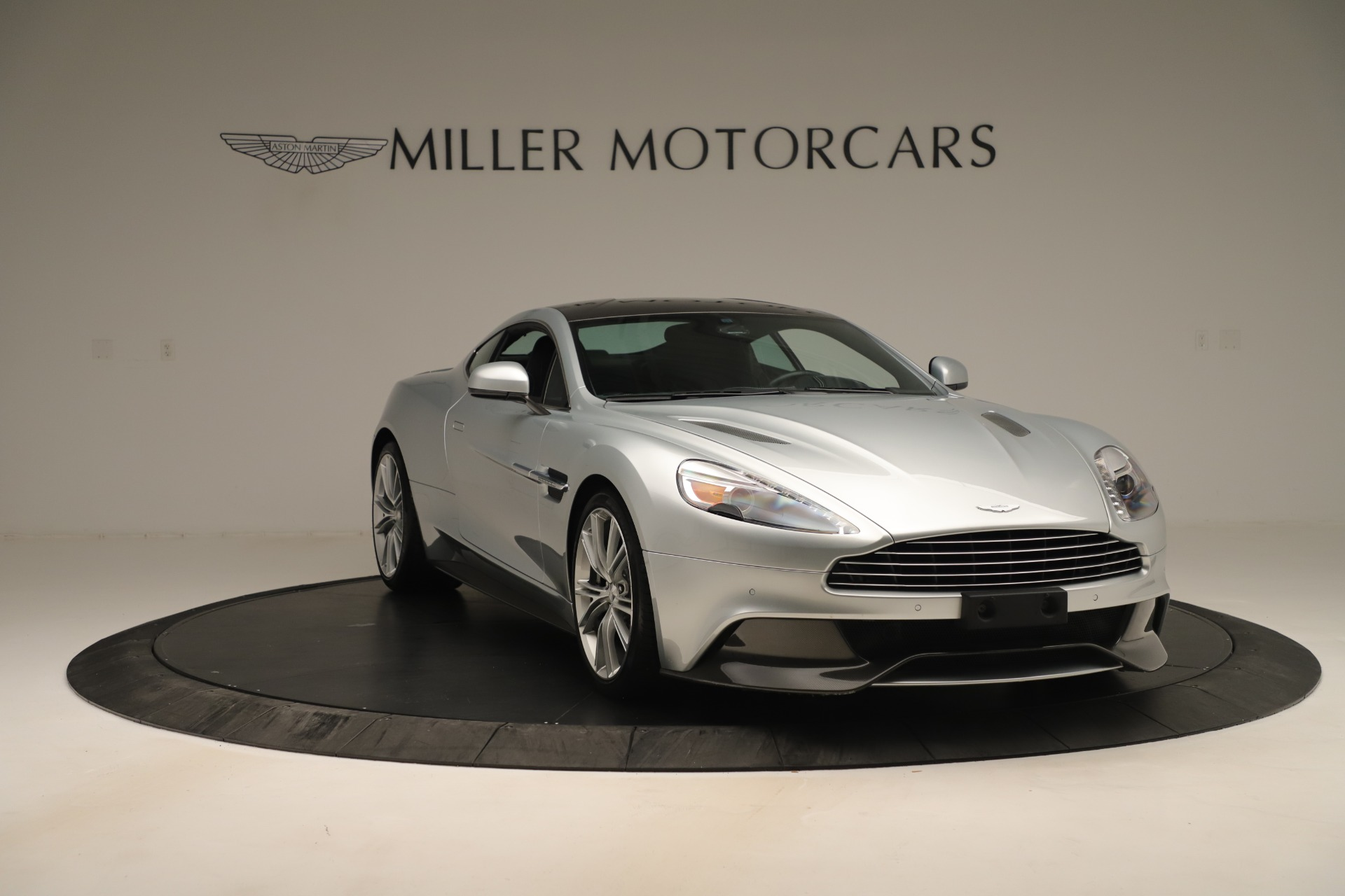 Used 2014 Aston Martin Vanquish Coupe For Sale In Westport, CT 3445_p10