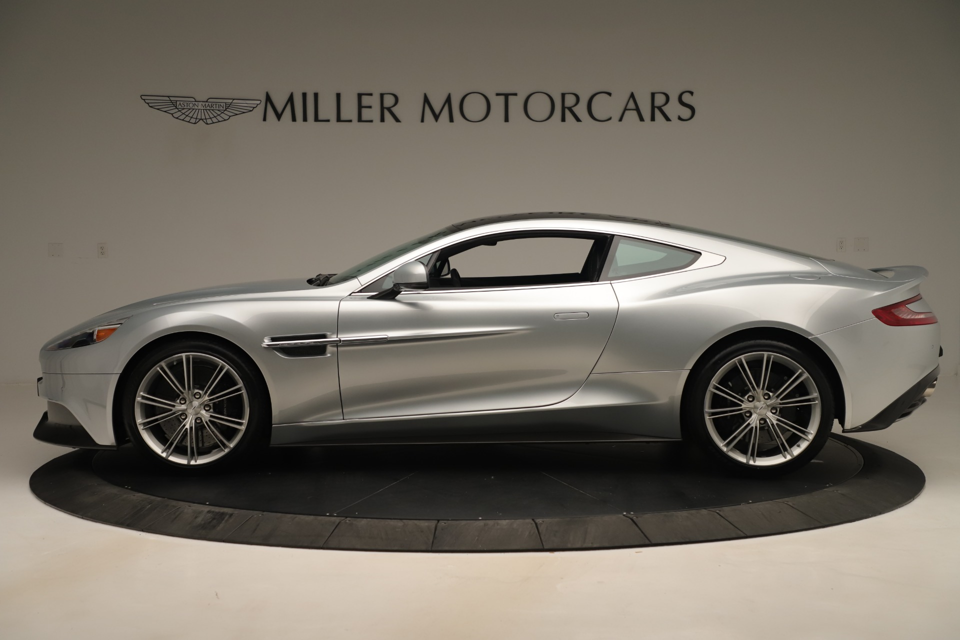 Used 2014 Aston Martin Vanquish Coupe For Sale In Westport, CT 3445_p2