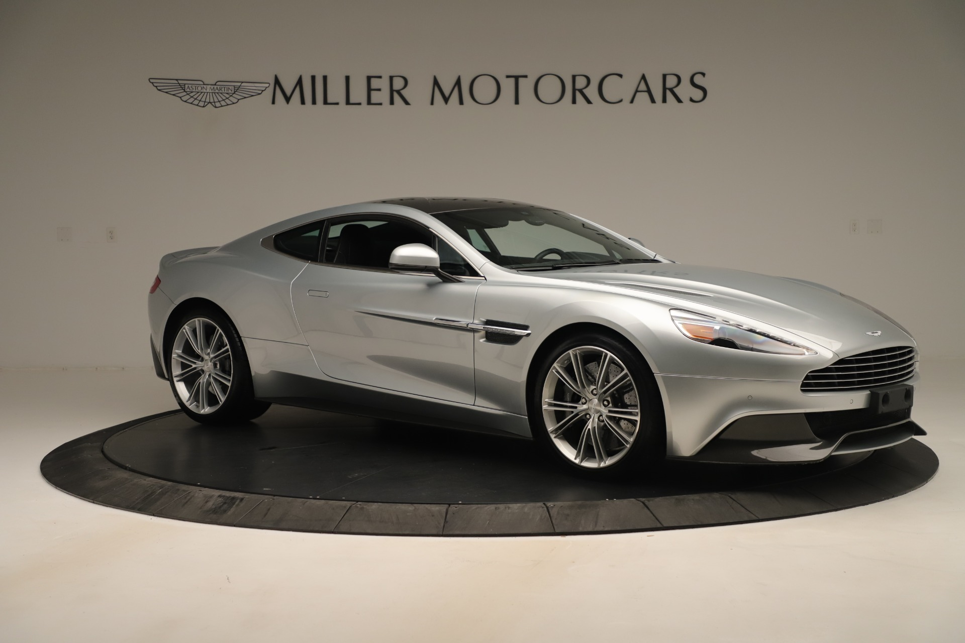 Used 2014 Aston Martin Vanquish Coupe For Sale In Westport, CT 3445_p9