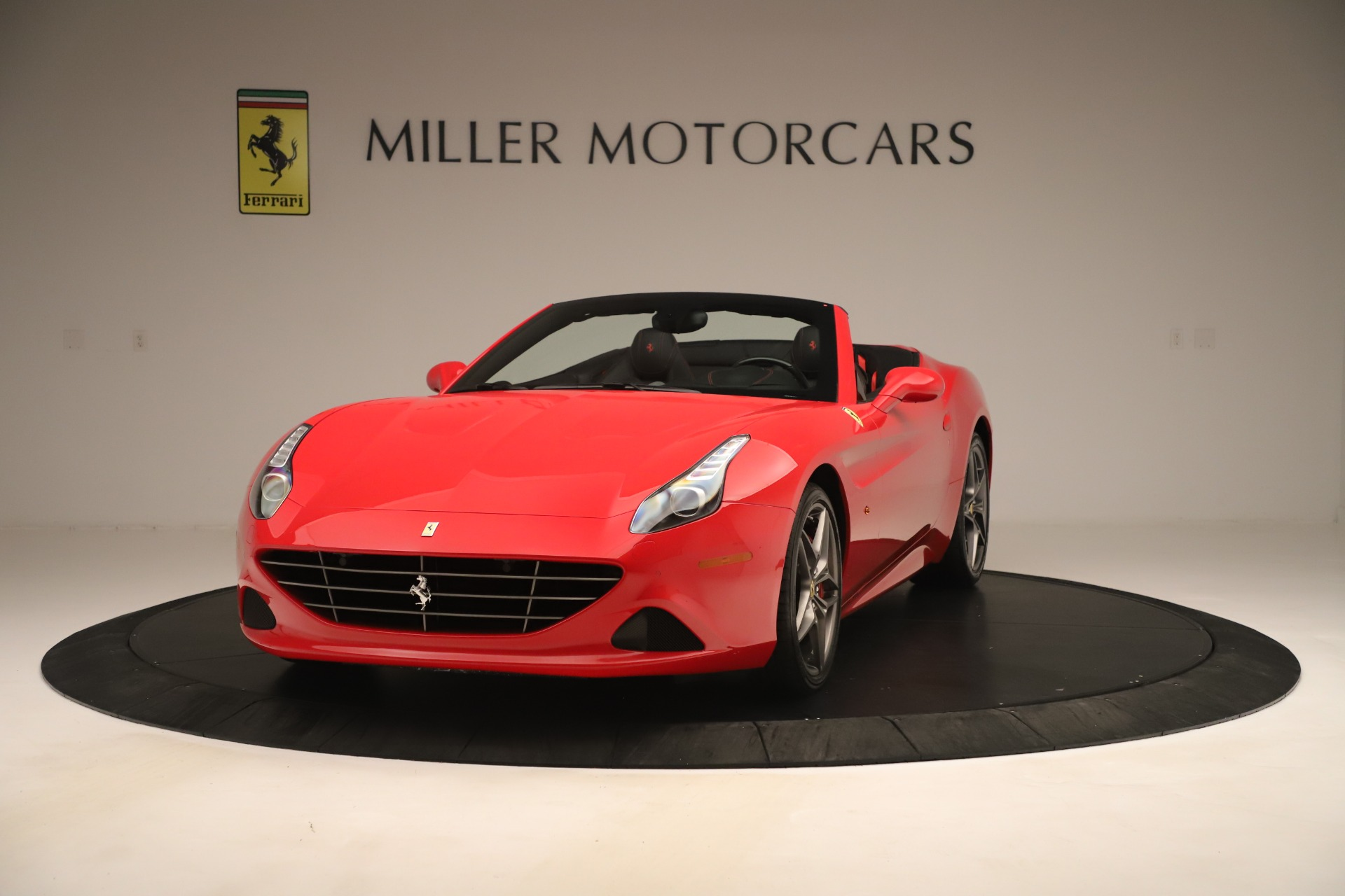 Used 2016 Ferrari California T  For Sale In Westport, CT