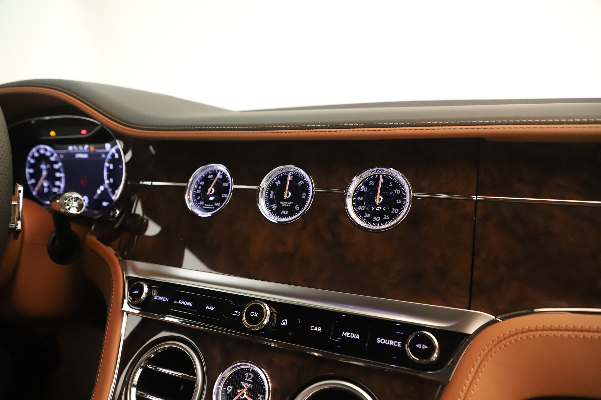 Used 2020 Bentley Continental GT V8 For Sale In Westport, CT 3460_p22